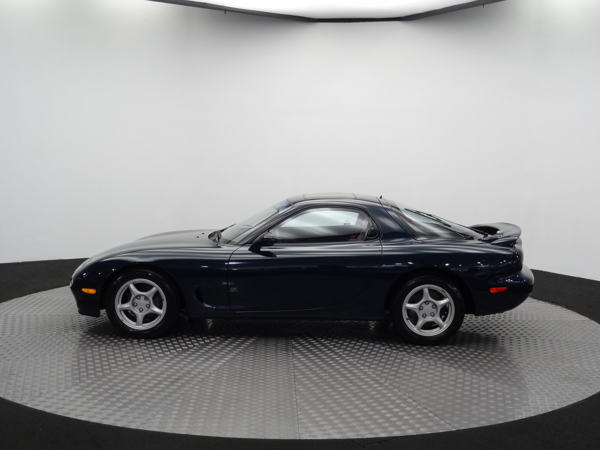 1994_Mazda_RX-7_for_sale_0035