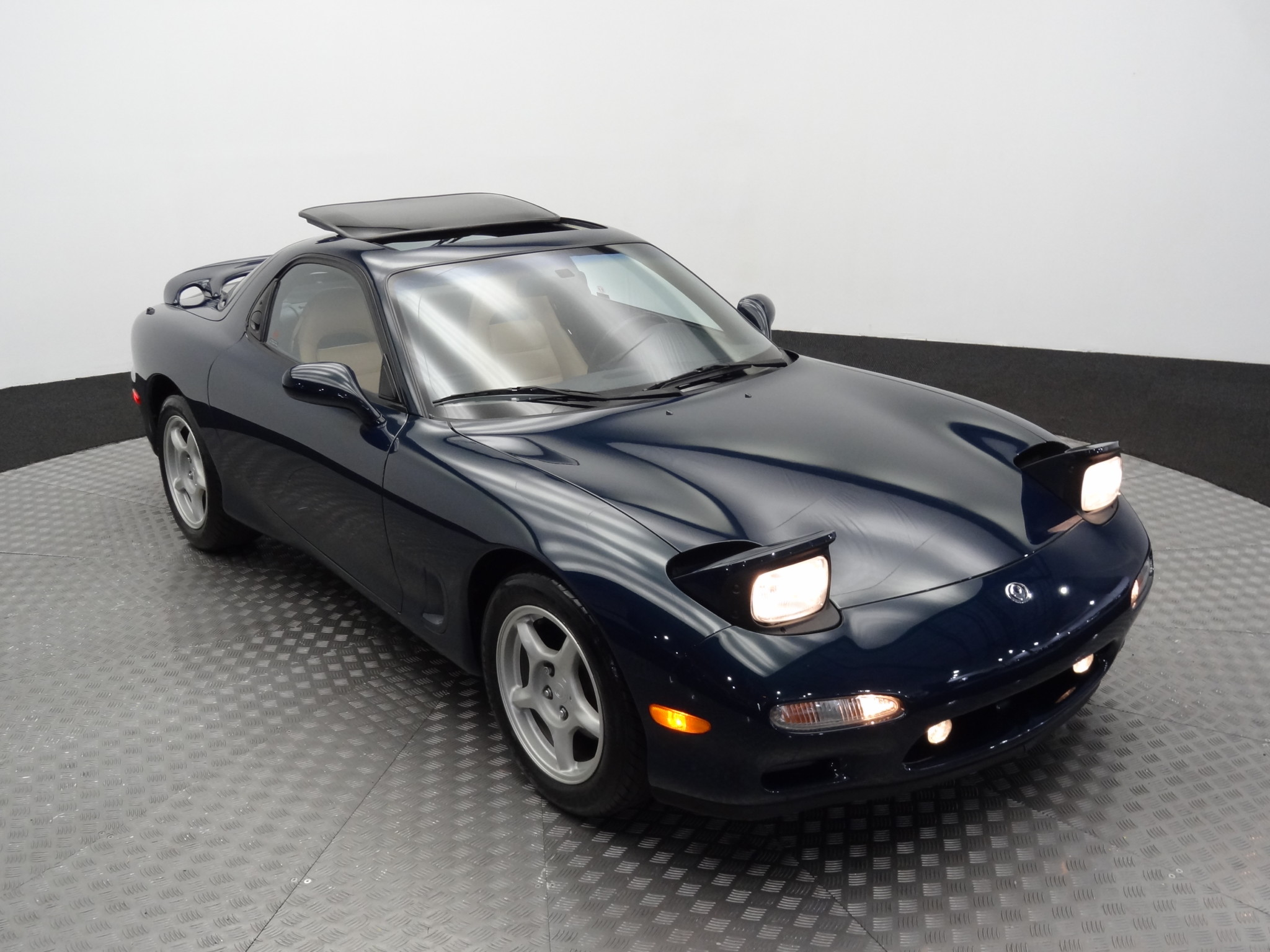 1994_Mazda_RX-7_for_sale_0037