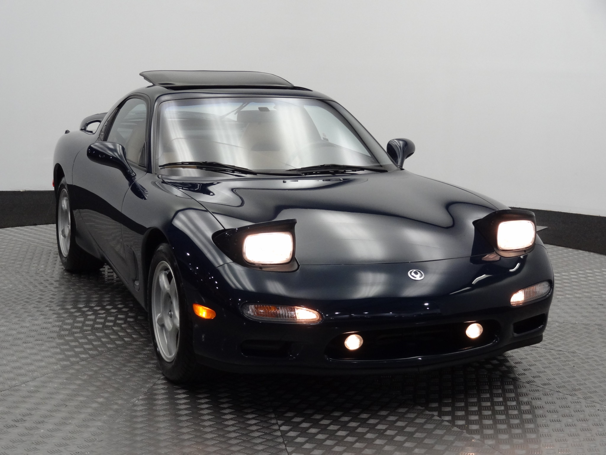 1994_Mazda_RX-7_for_sale_0038