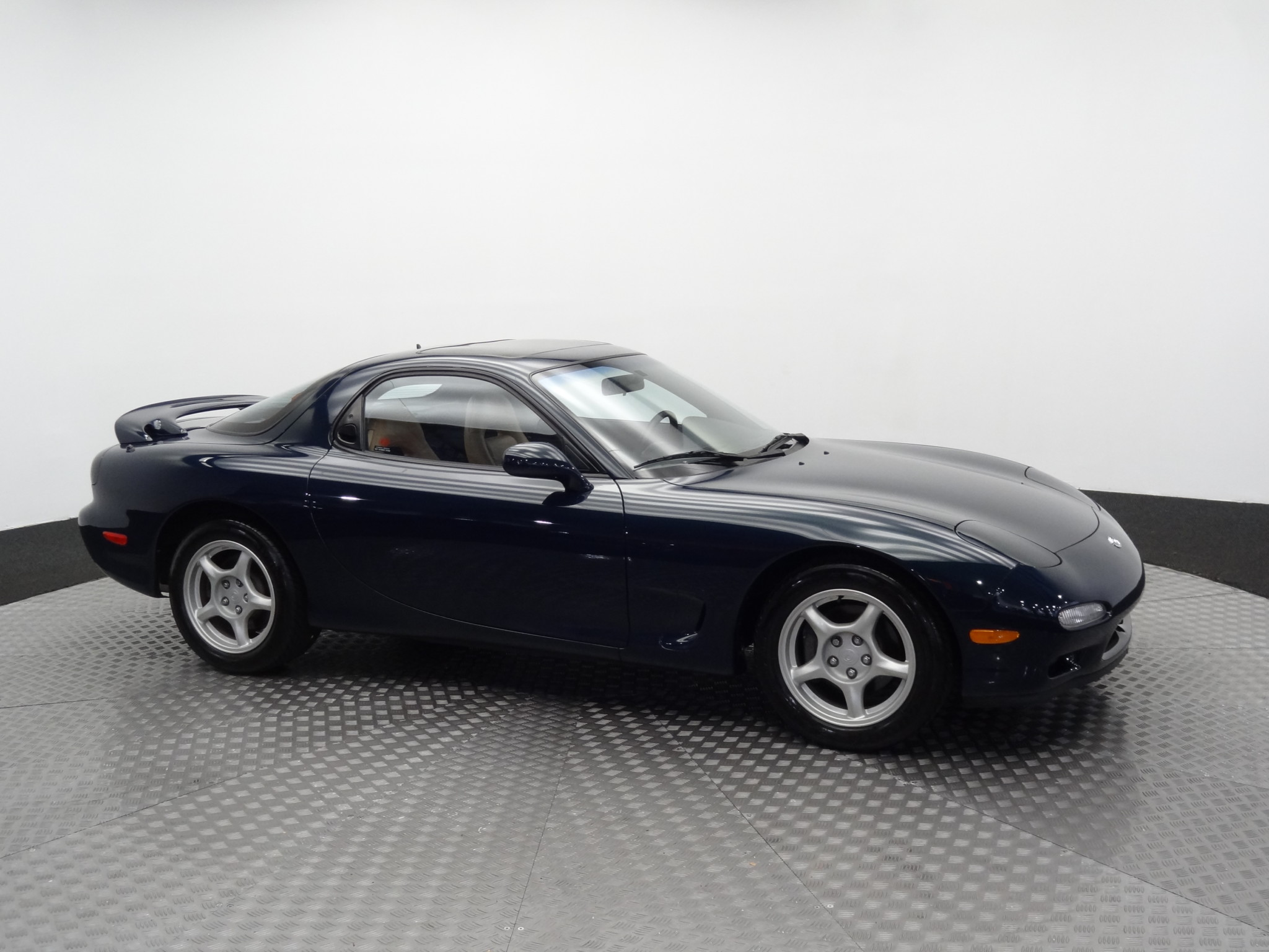 1994_Mazda_RX-7_for_sale_0051