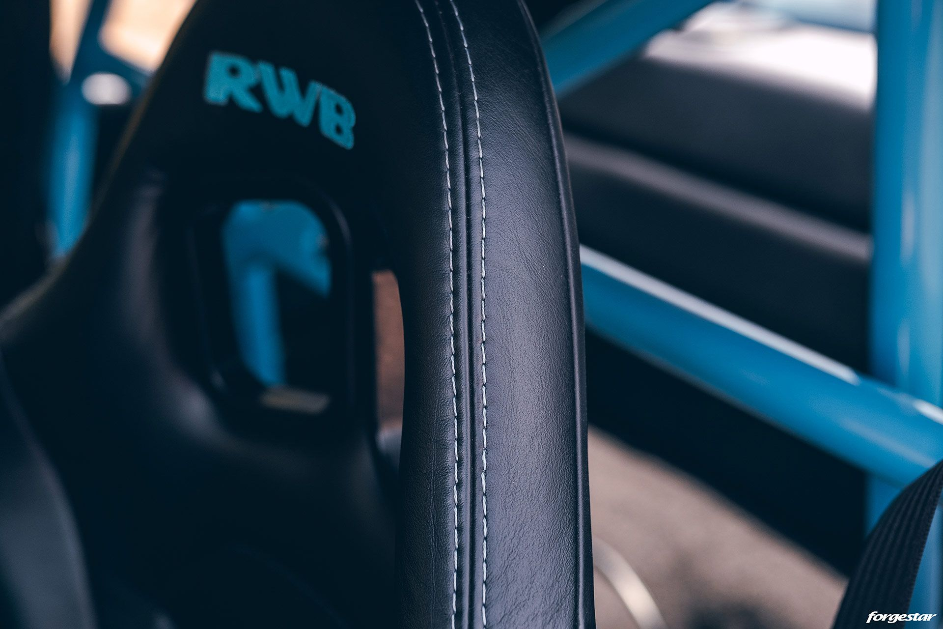 1995_Porsche_911_RWB_0004
