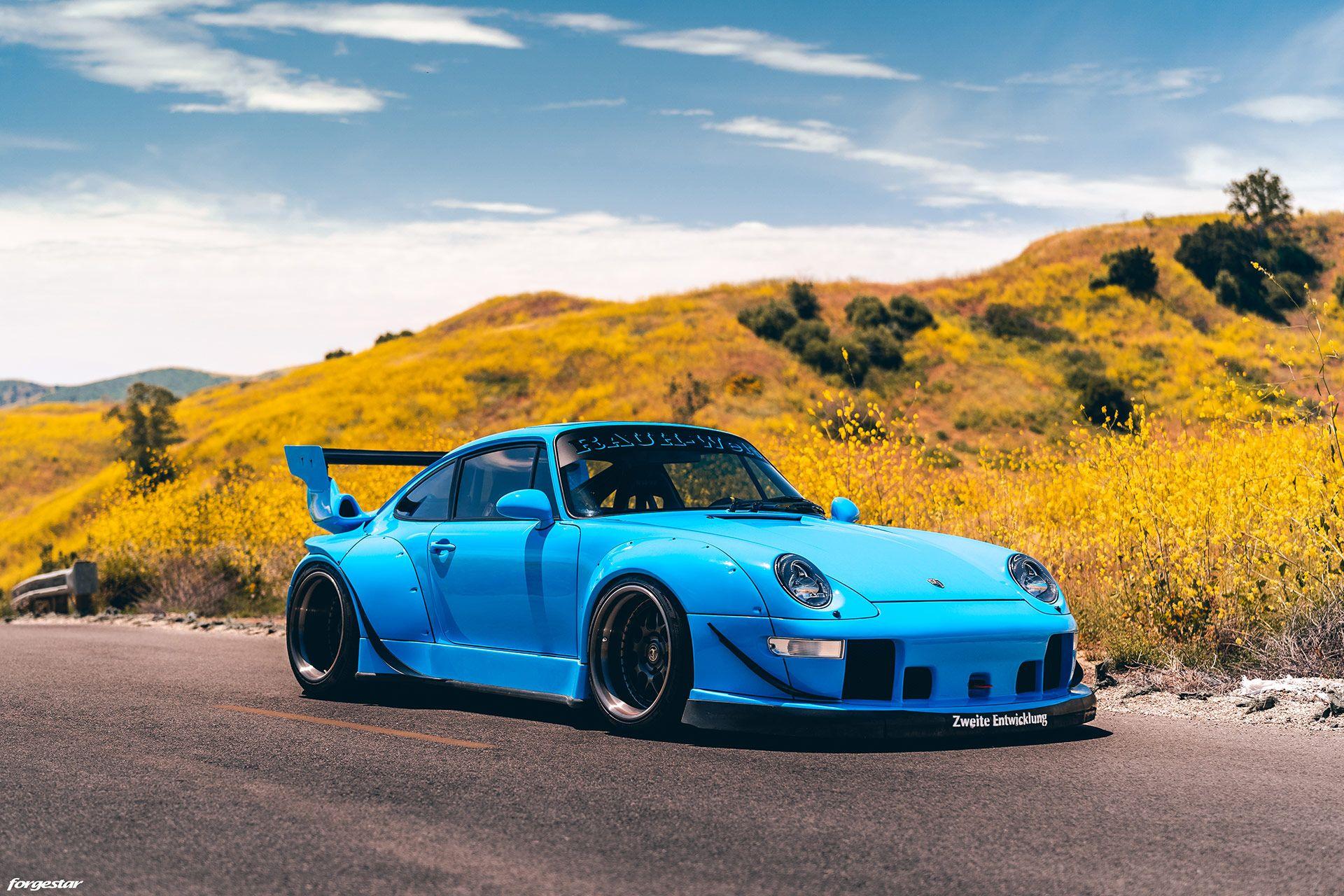 1995_Porsche_911_RWB_0011