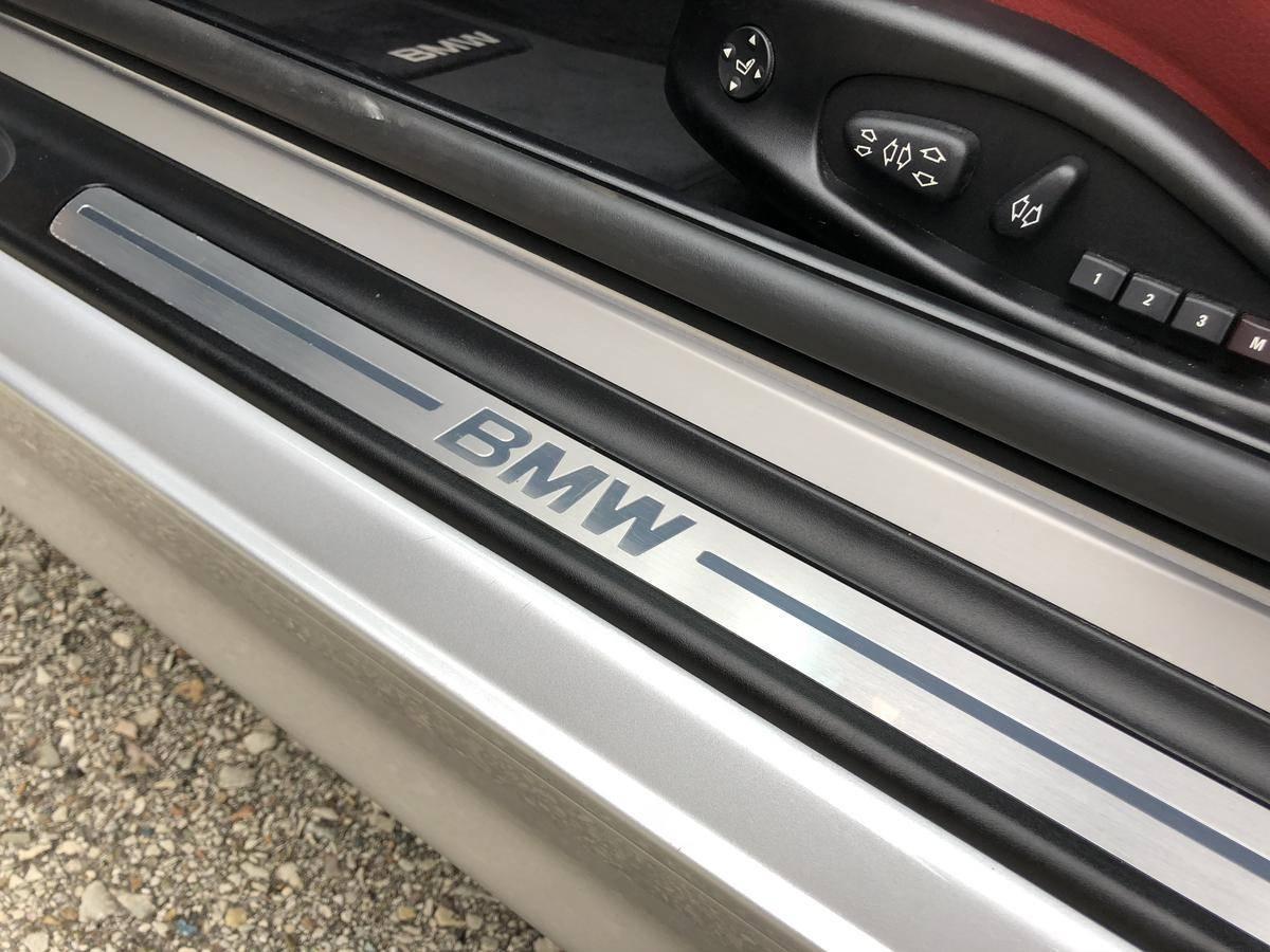2001_BMW_330Ci_Sport_0011
