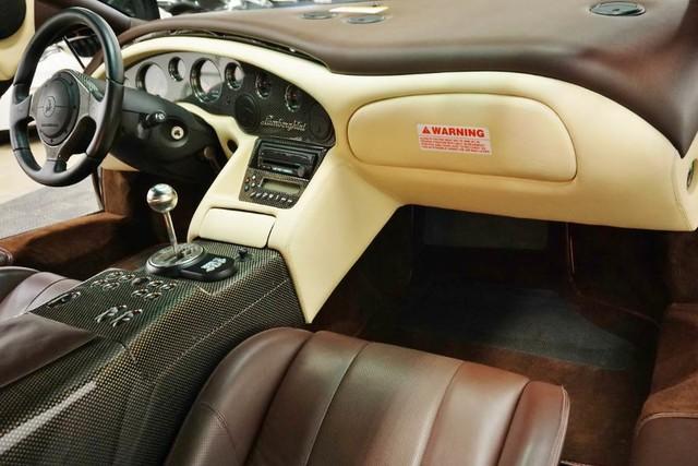 2001_Lamborghini_Diablo_6.0_SE_0032