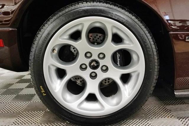 2001_Lamborghini_Diablo_6.0_SE_0035