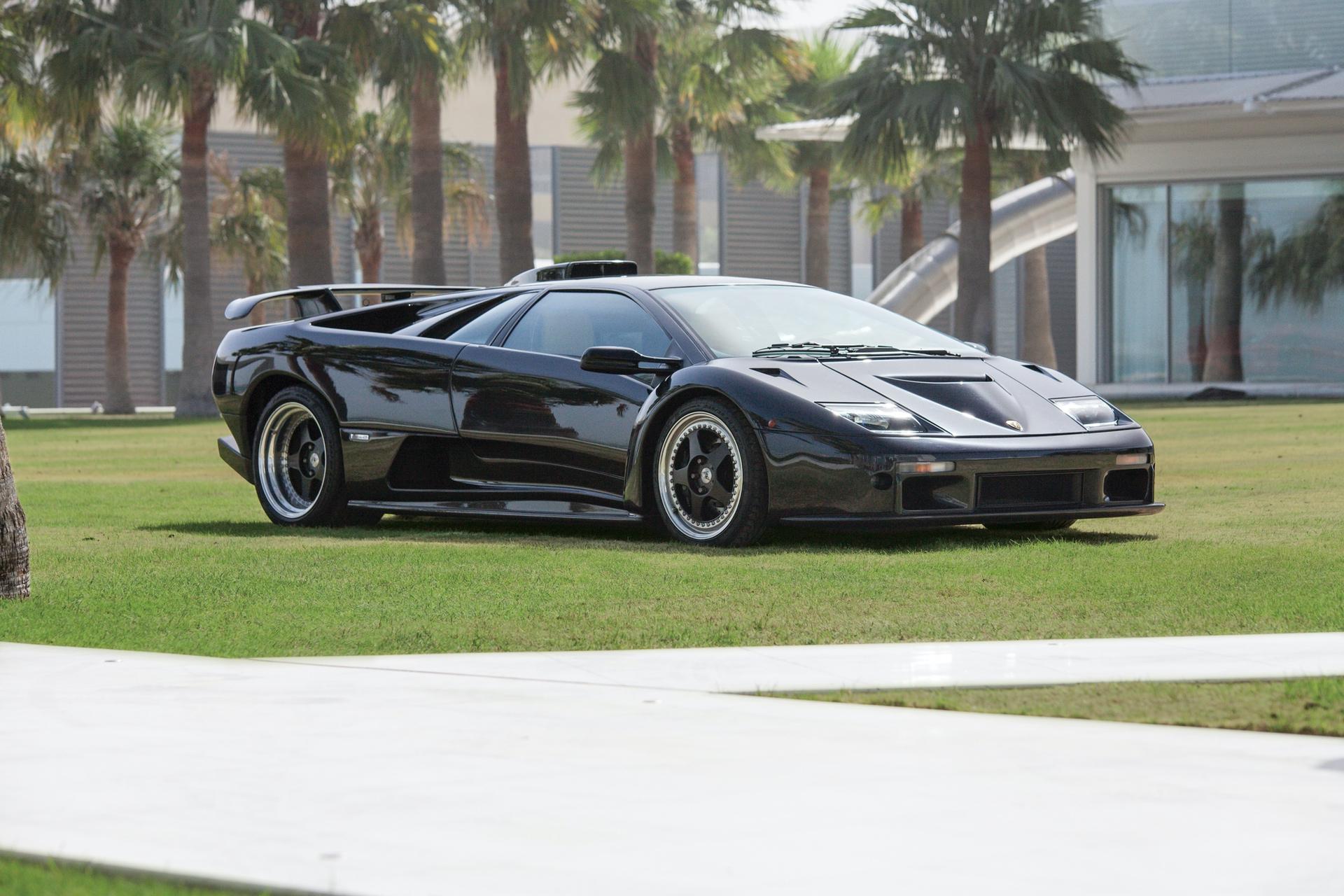 2001_Lamborghini_Diablo_GT_0000