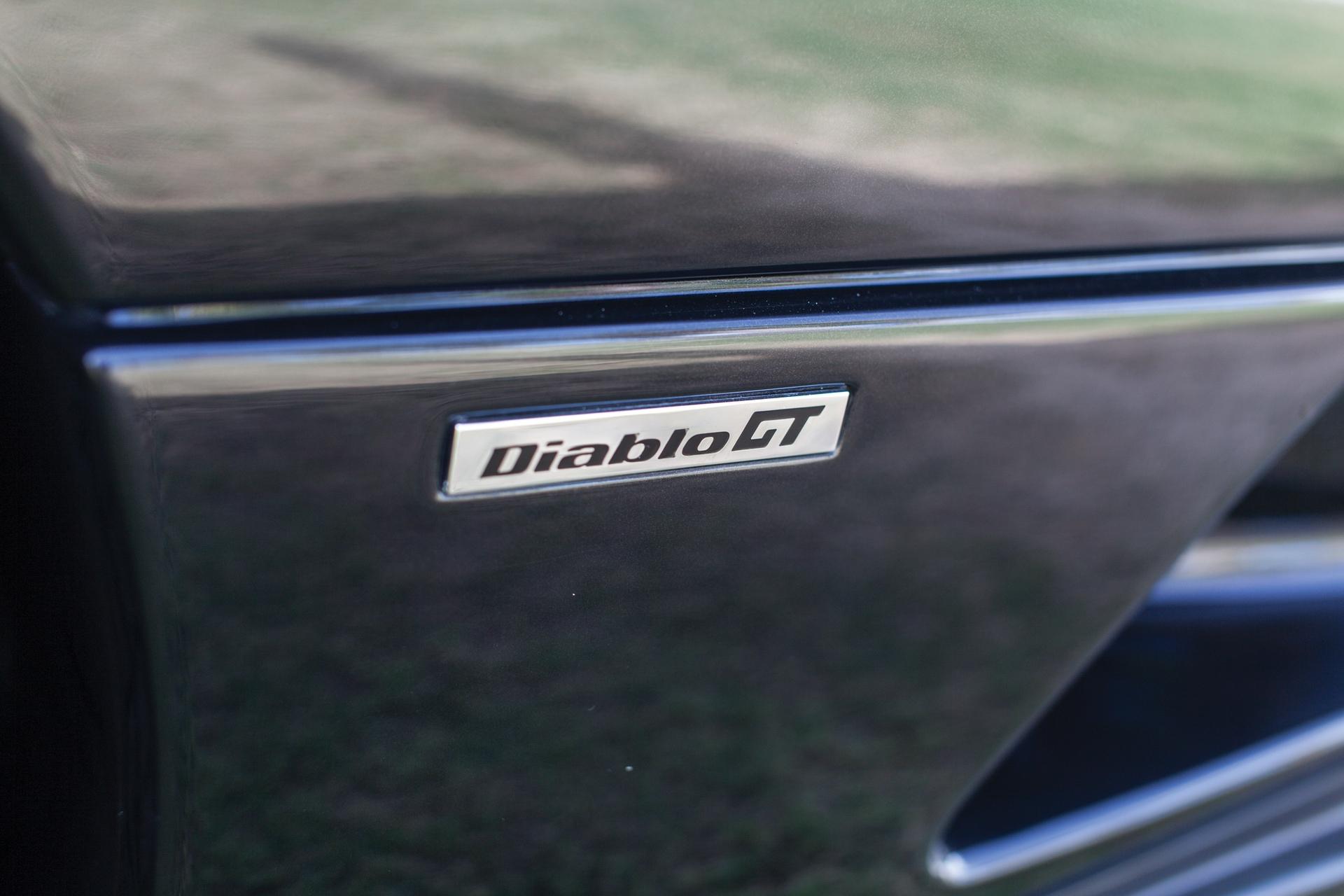2001_Lamborghini_Diablo_GT_0006
