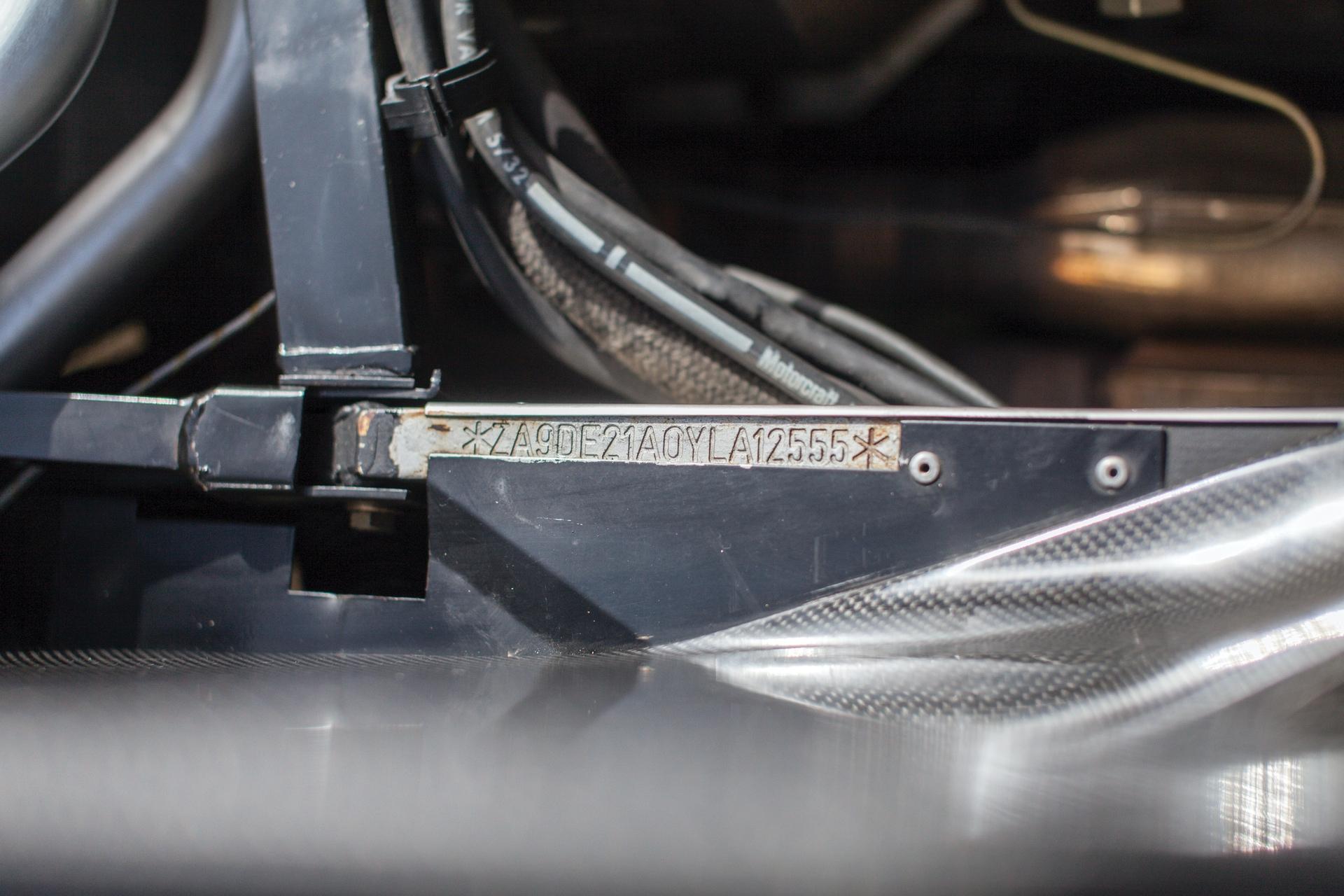 2001_Lamborghini_Diablo_GT_0027