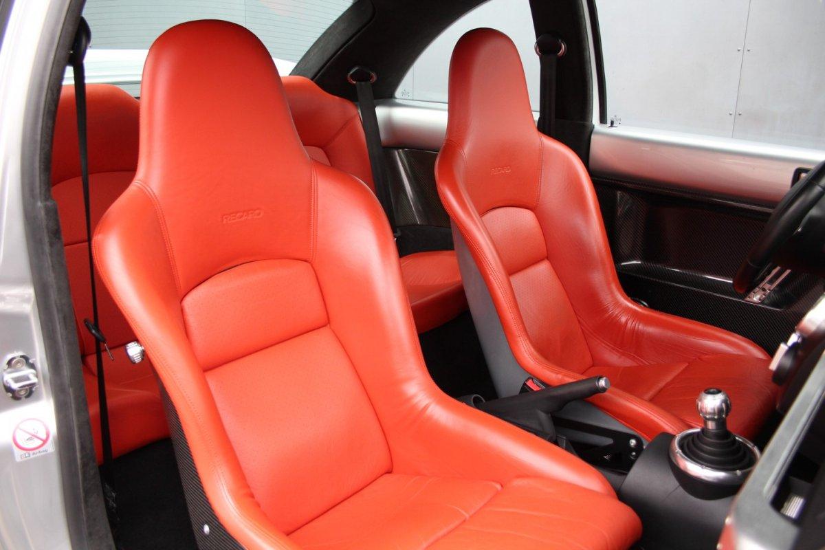 2003_Volkswagen_Beetle_RSi_0003