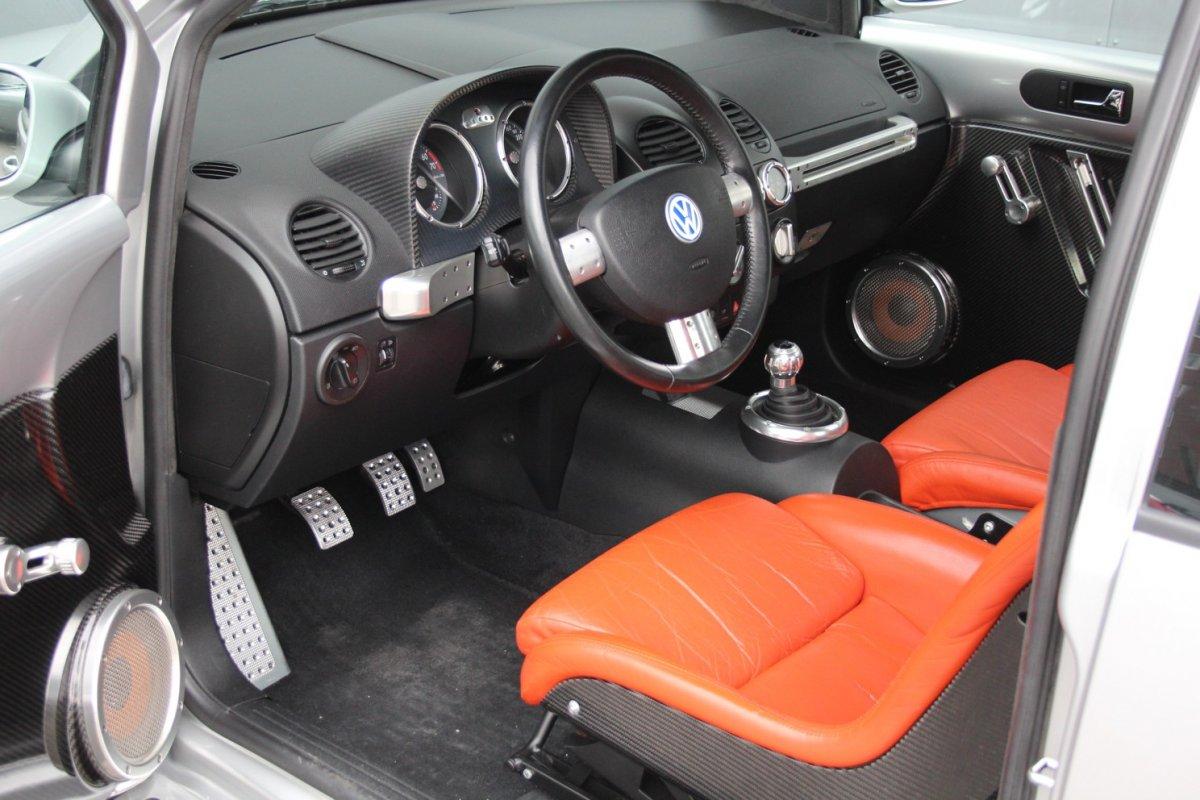 2003_Volkswagen_Beetle_RSi_0012