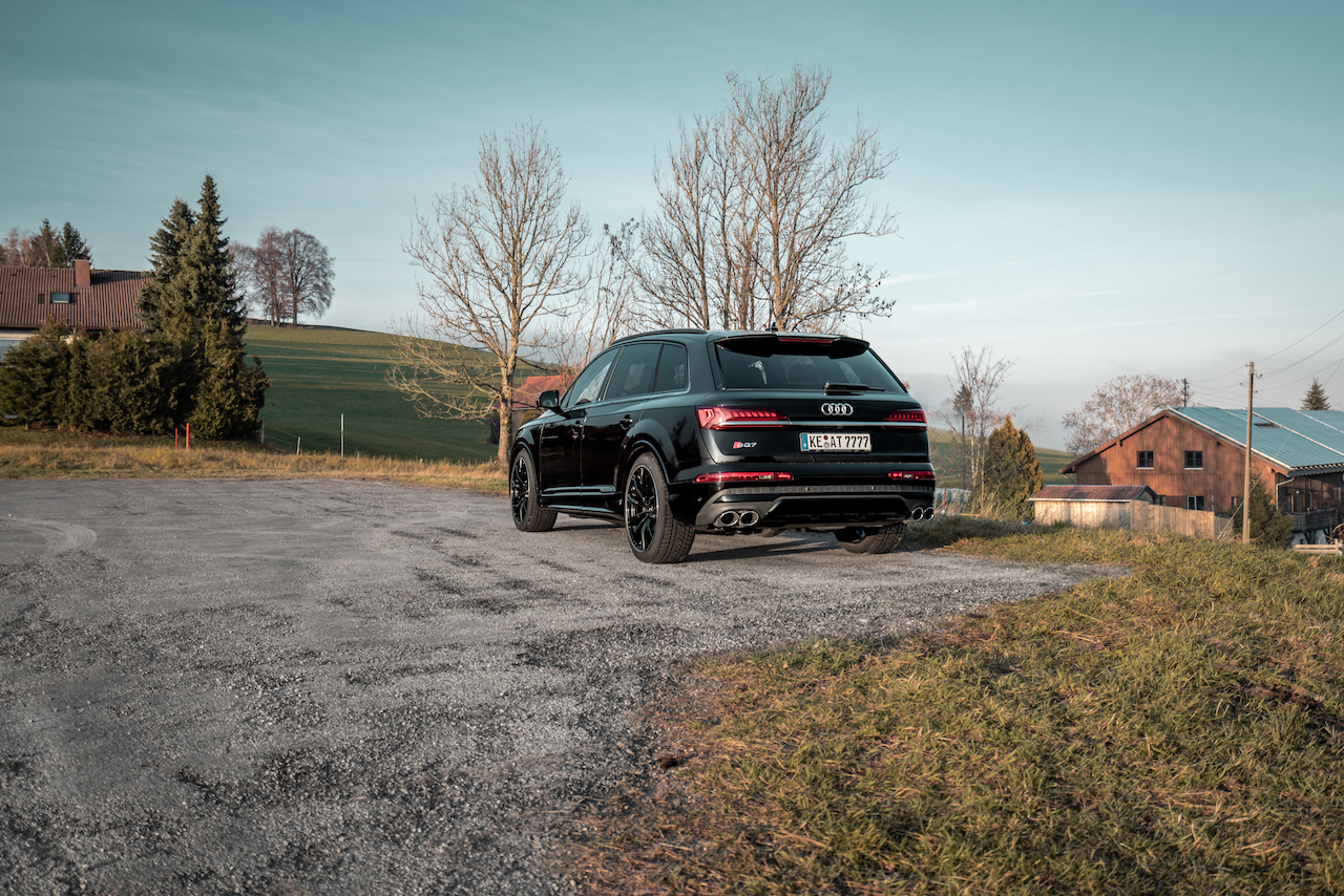 2020_Audi_SQ7_by_ABT_0005