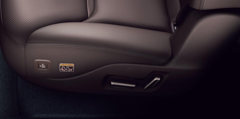 2020_Mazda_CX-8_0013