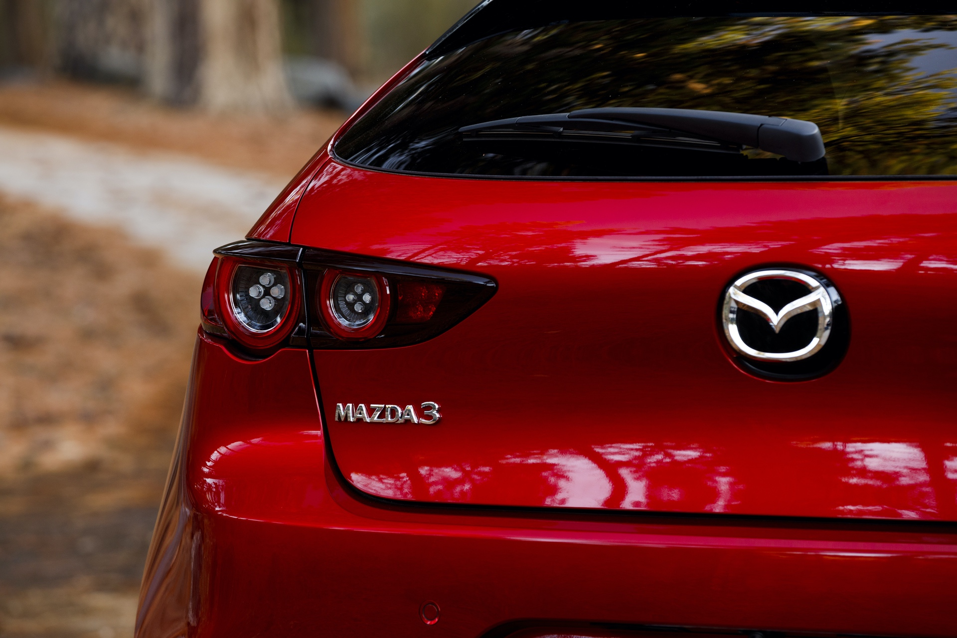 2019-Mazda3-Hatchback_07