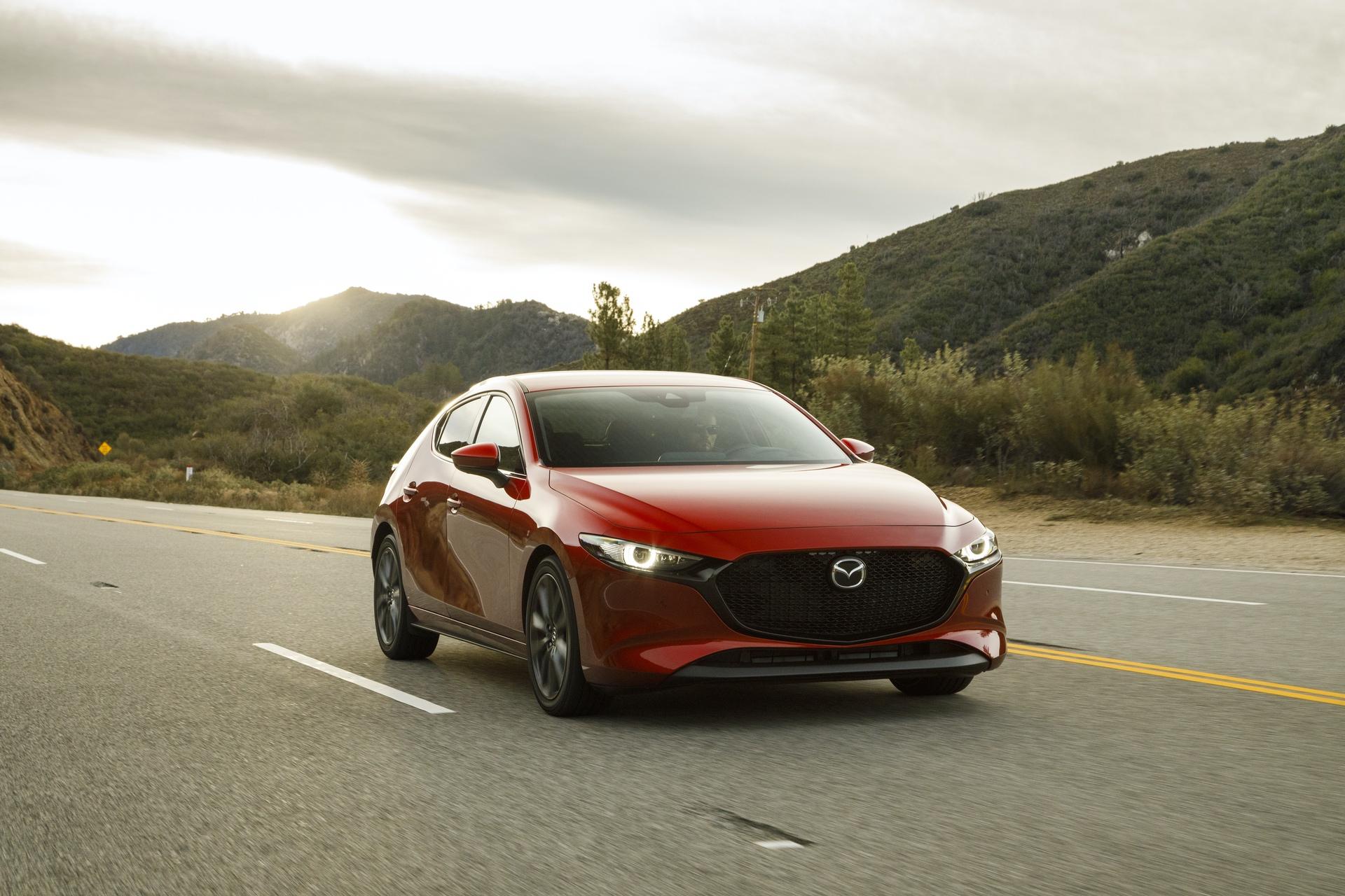 2019-Mazda3-Hatchback_13