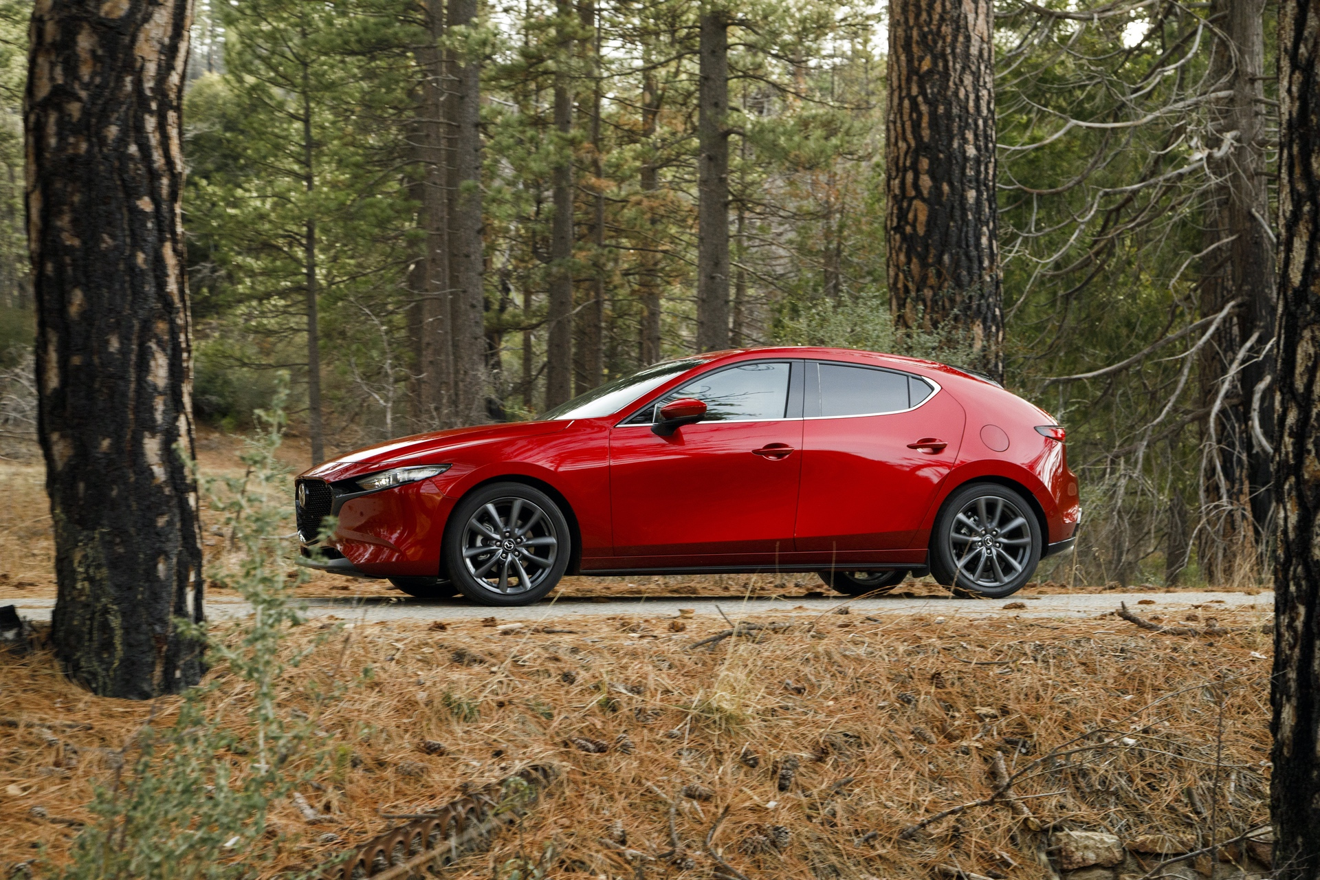 2019-Mazda3-Hatchback_29