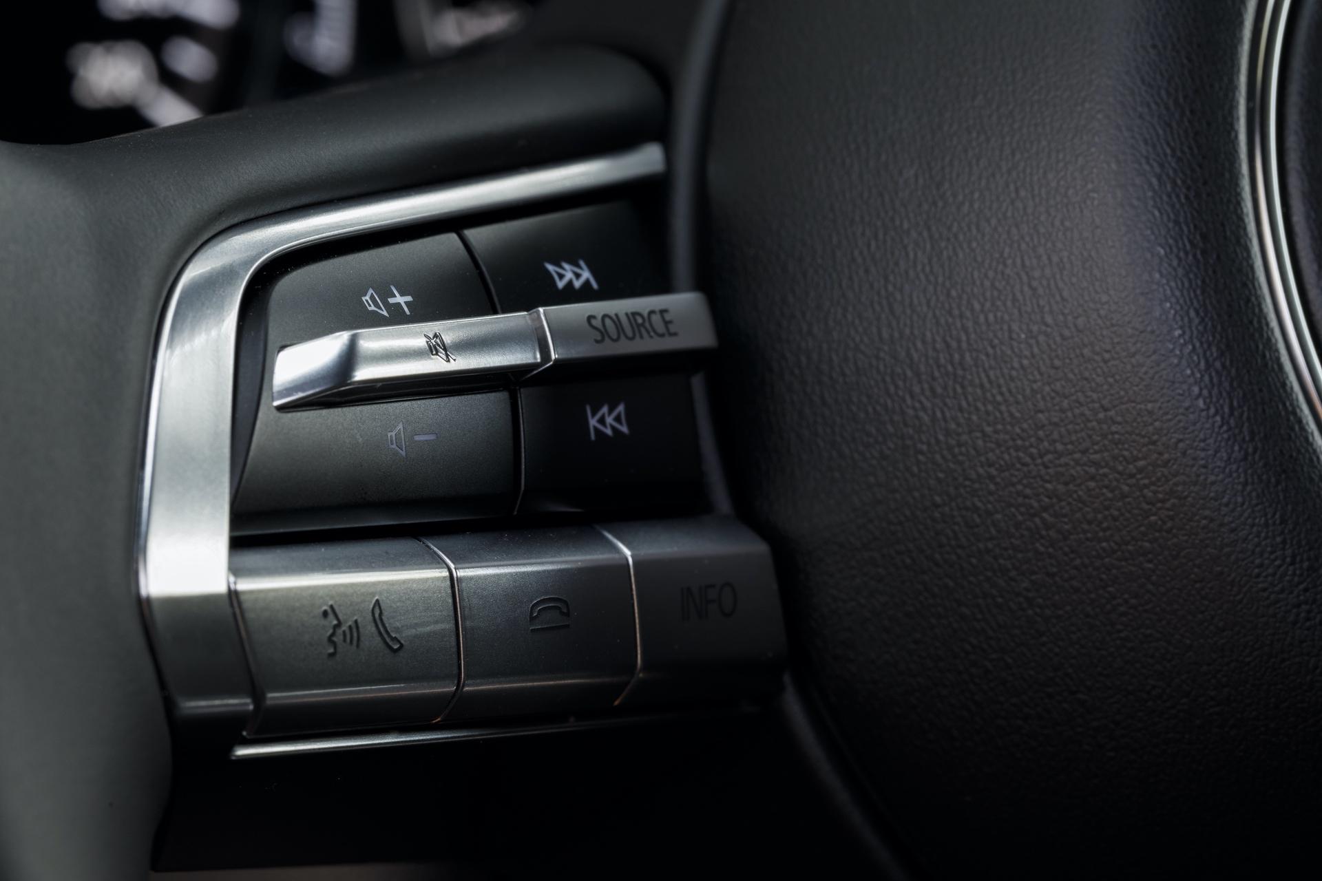 2019-Mazda3-Hatchback_32