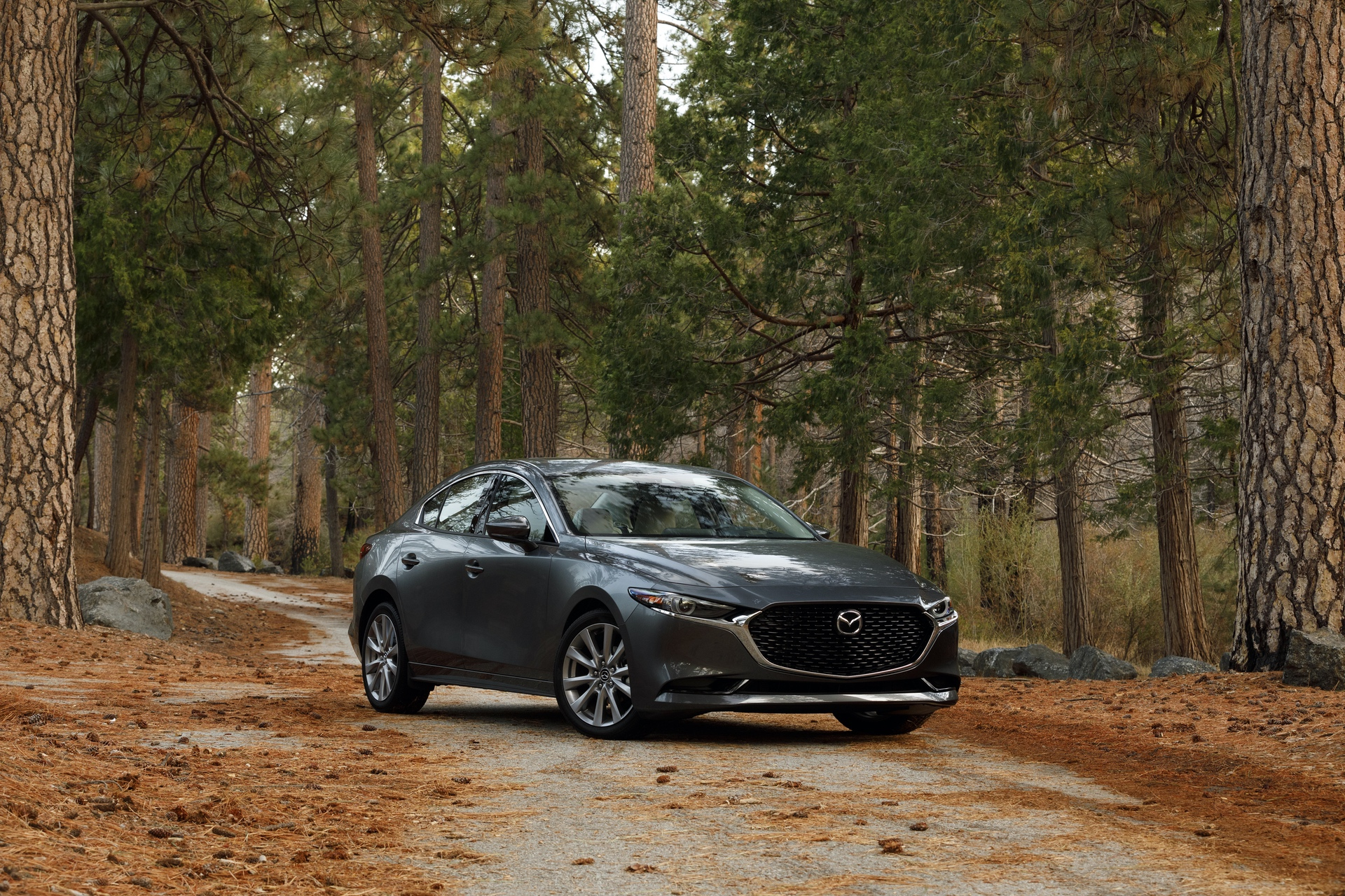 2019-Mazda3-Sedan_1