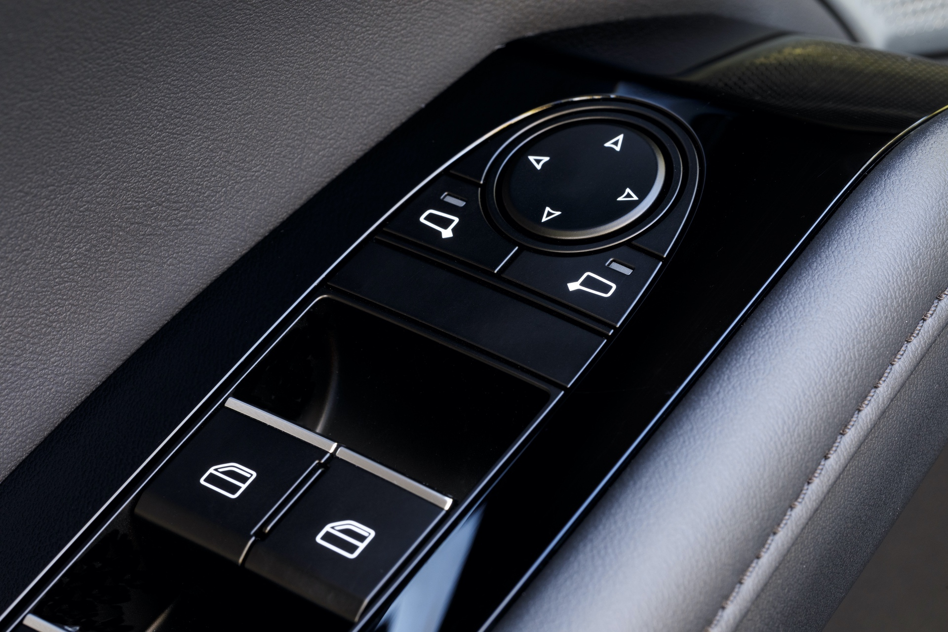 2019-Mazda3-Sedan_27