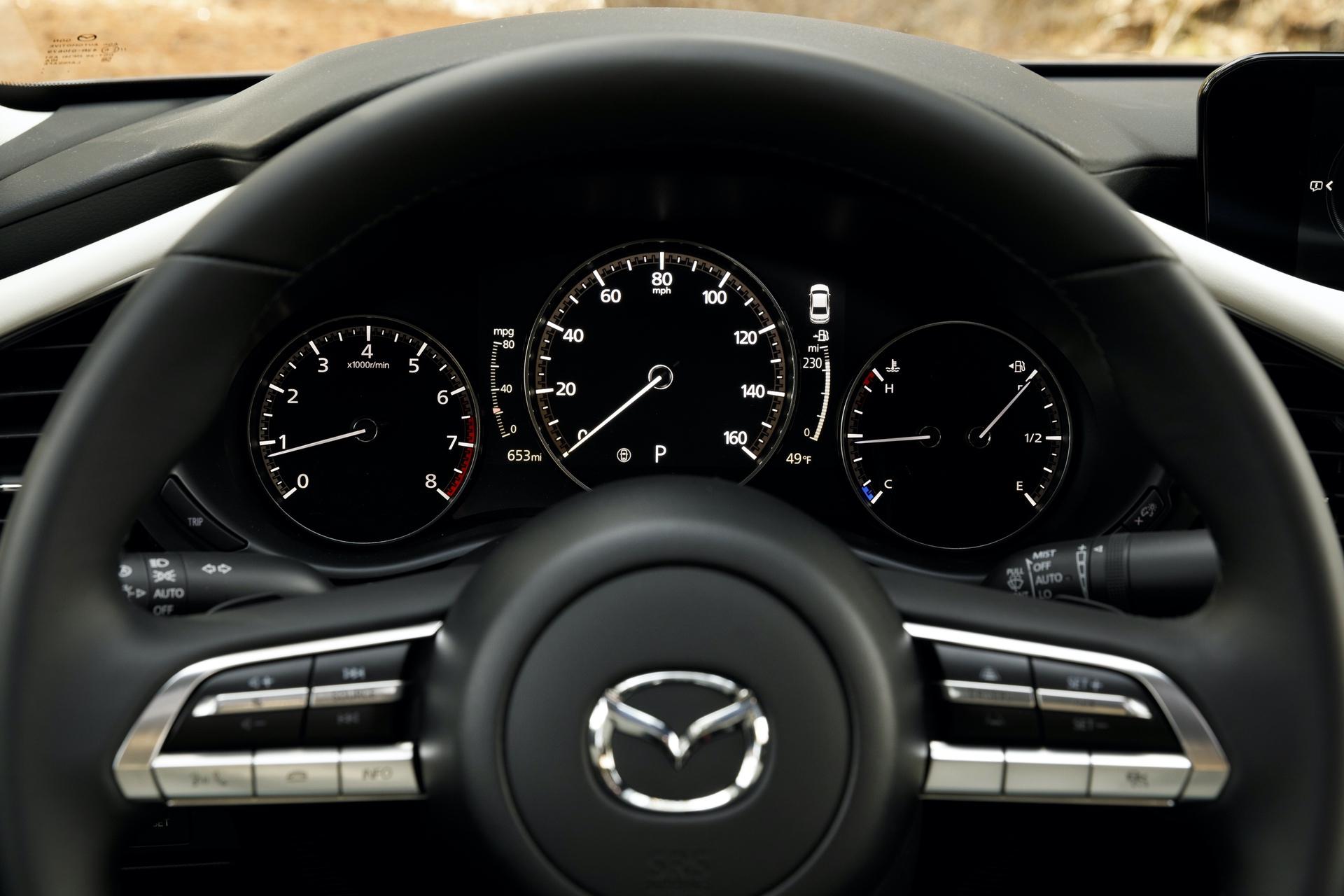 2019-Mazda3-Sedan_41
