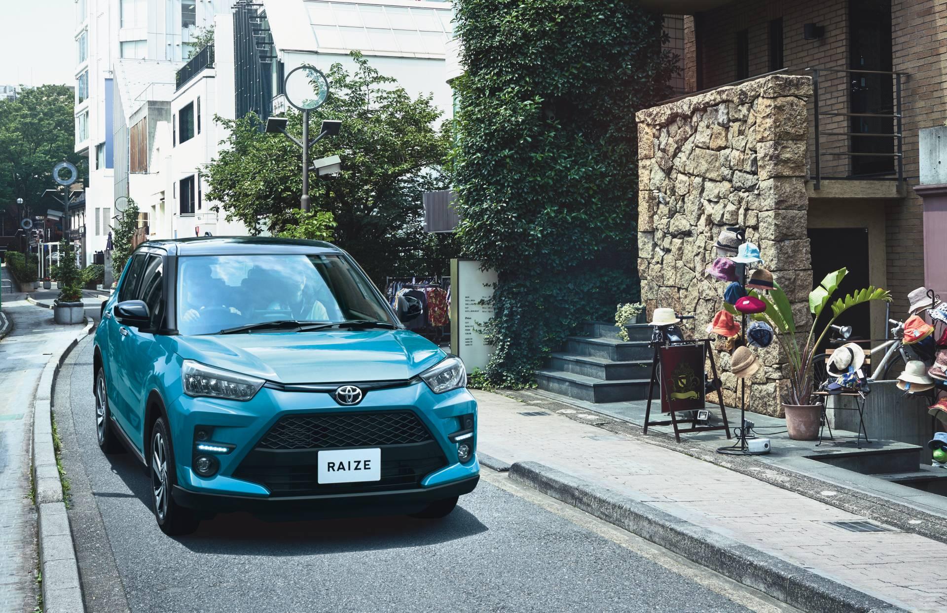2020_Toyota_Raize_0005