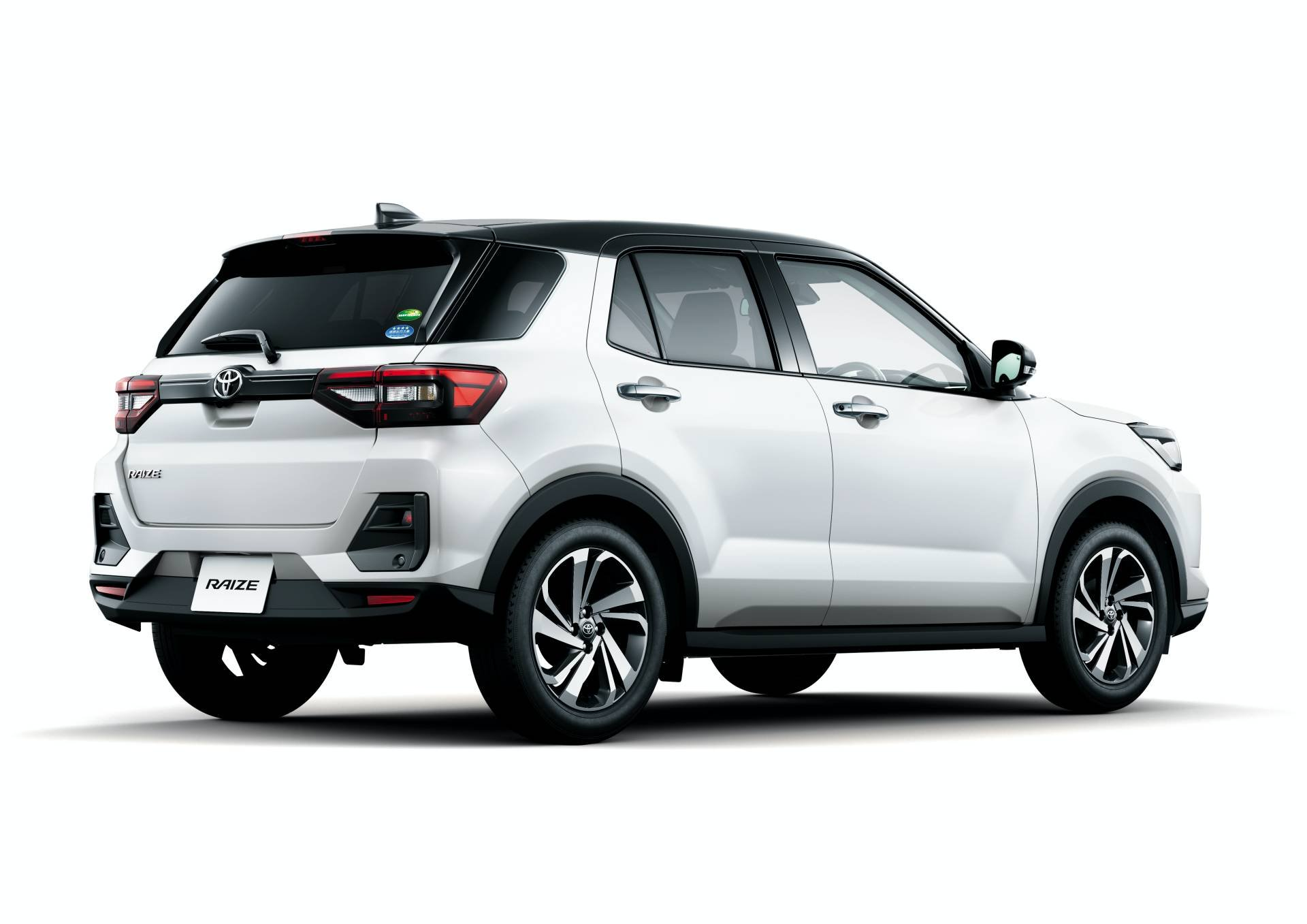2020_Toyota_Raize_0034