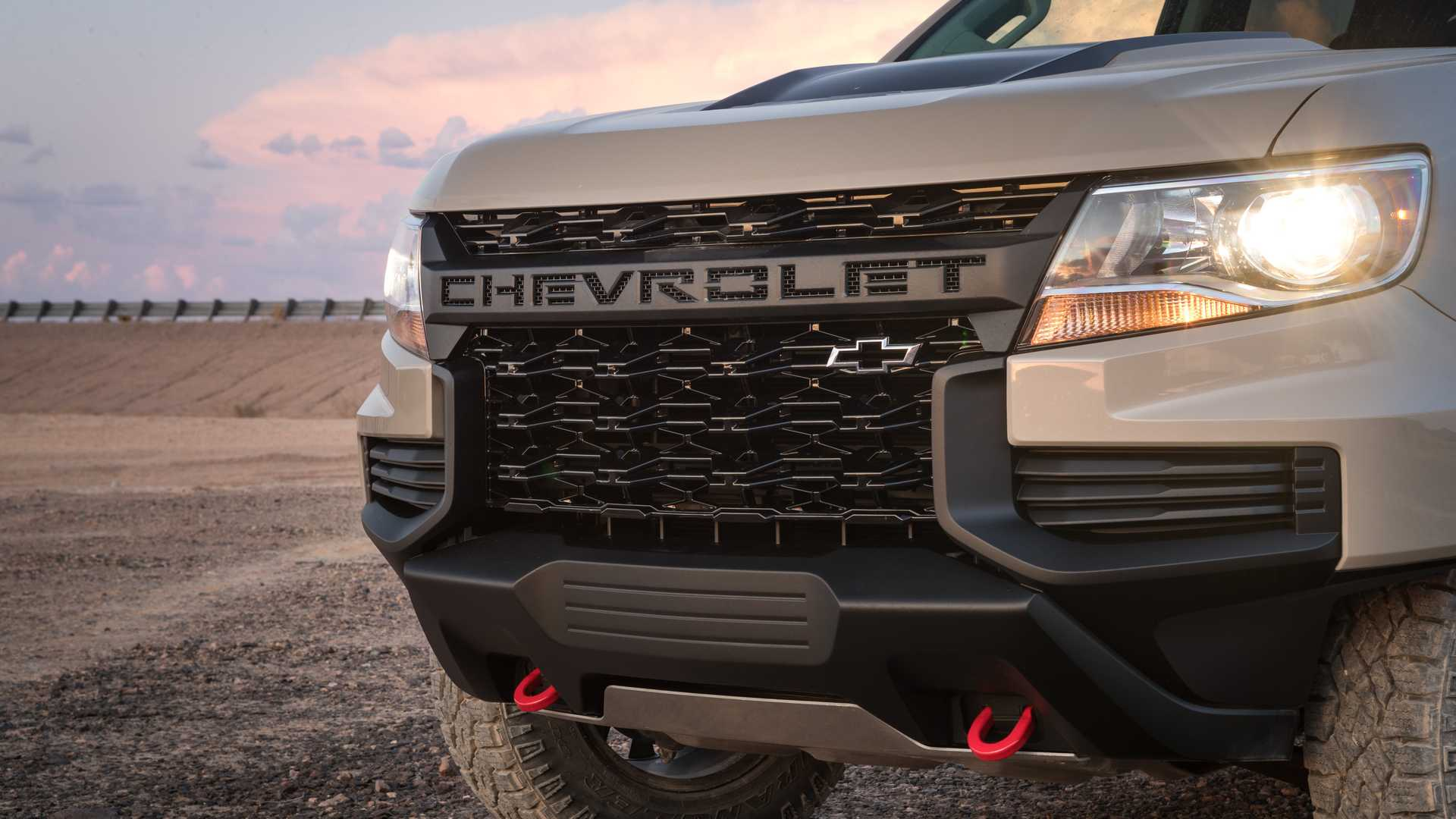 2021_Chevrolet_Colorado_0004