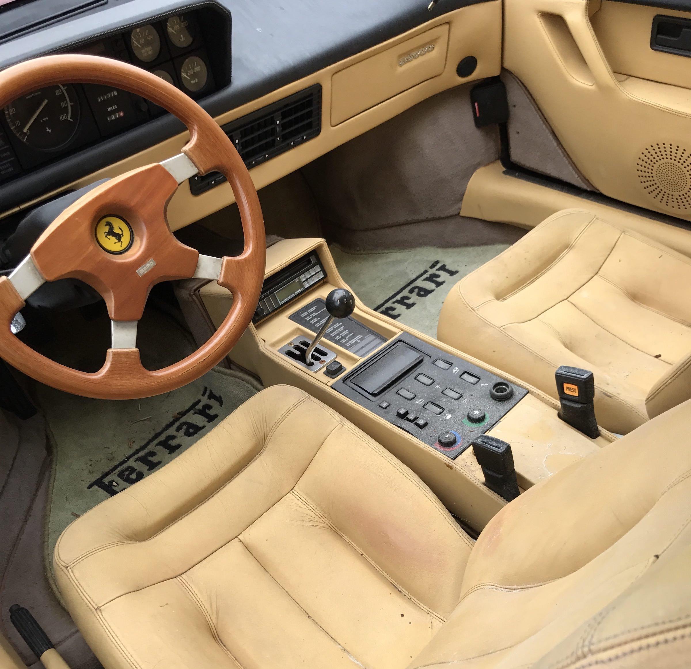 Abandoned-Ferrari-19