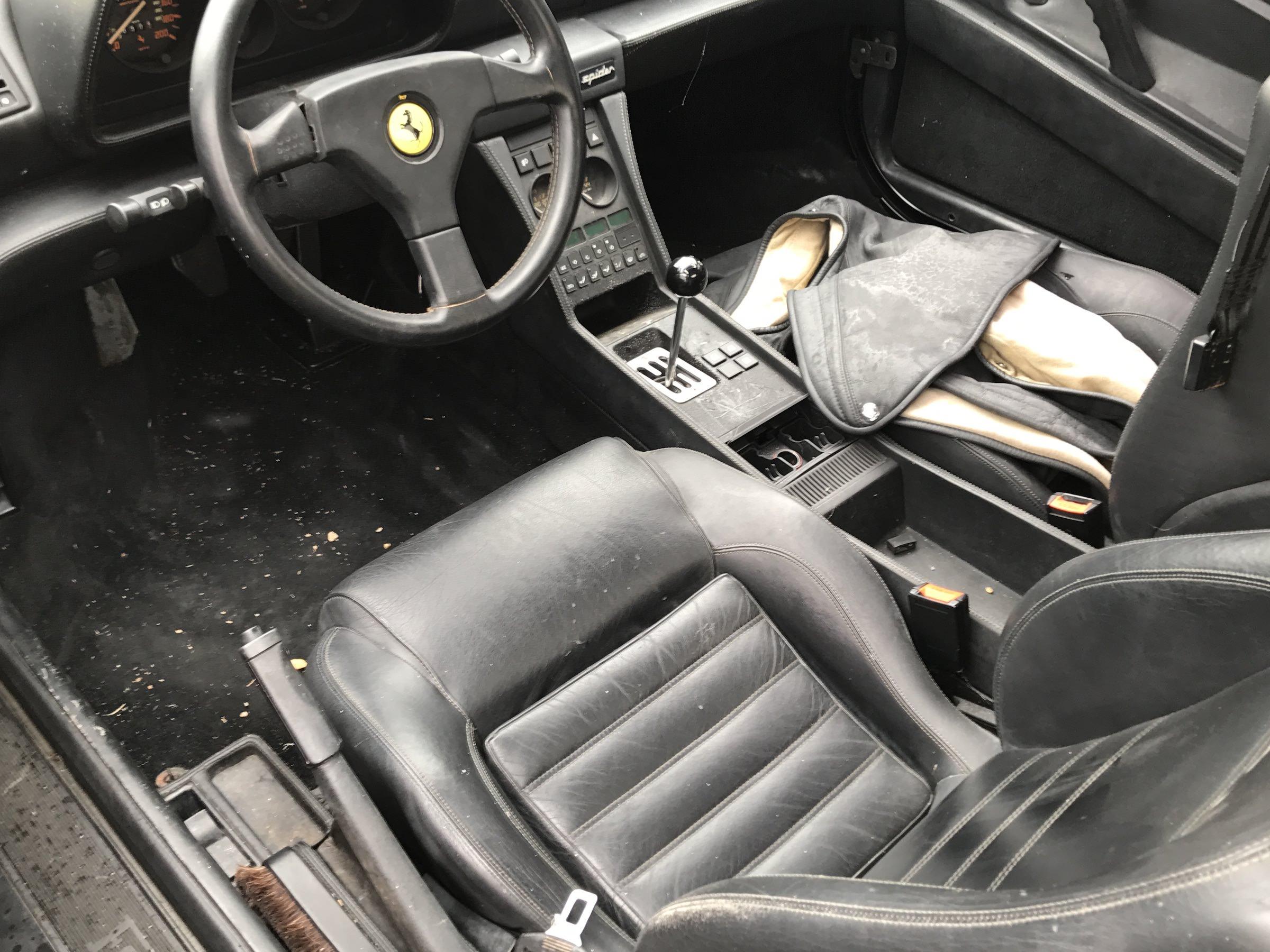 Abandoned-Ferrari-24