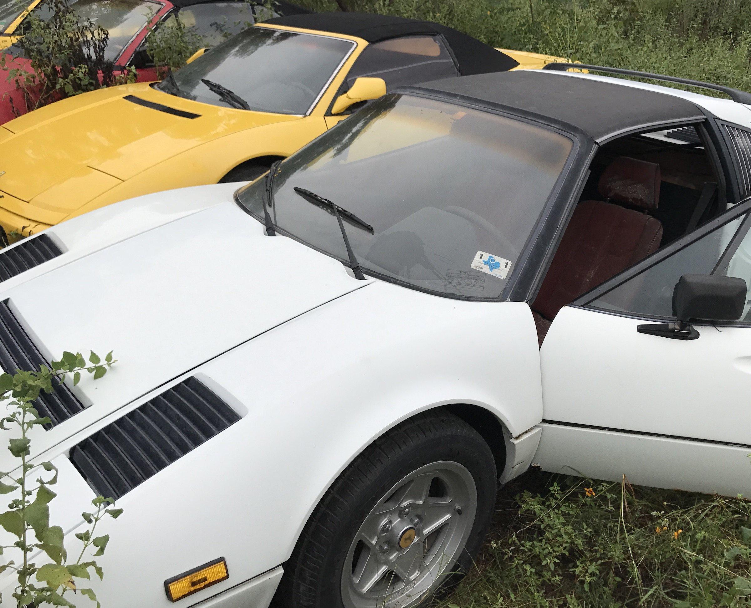 Abandoned-Ferrari-28