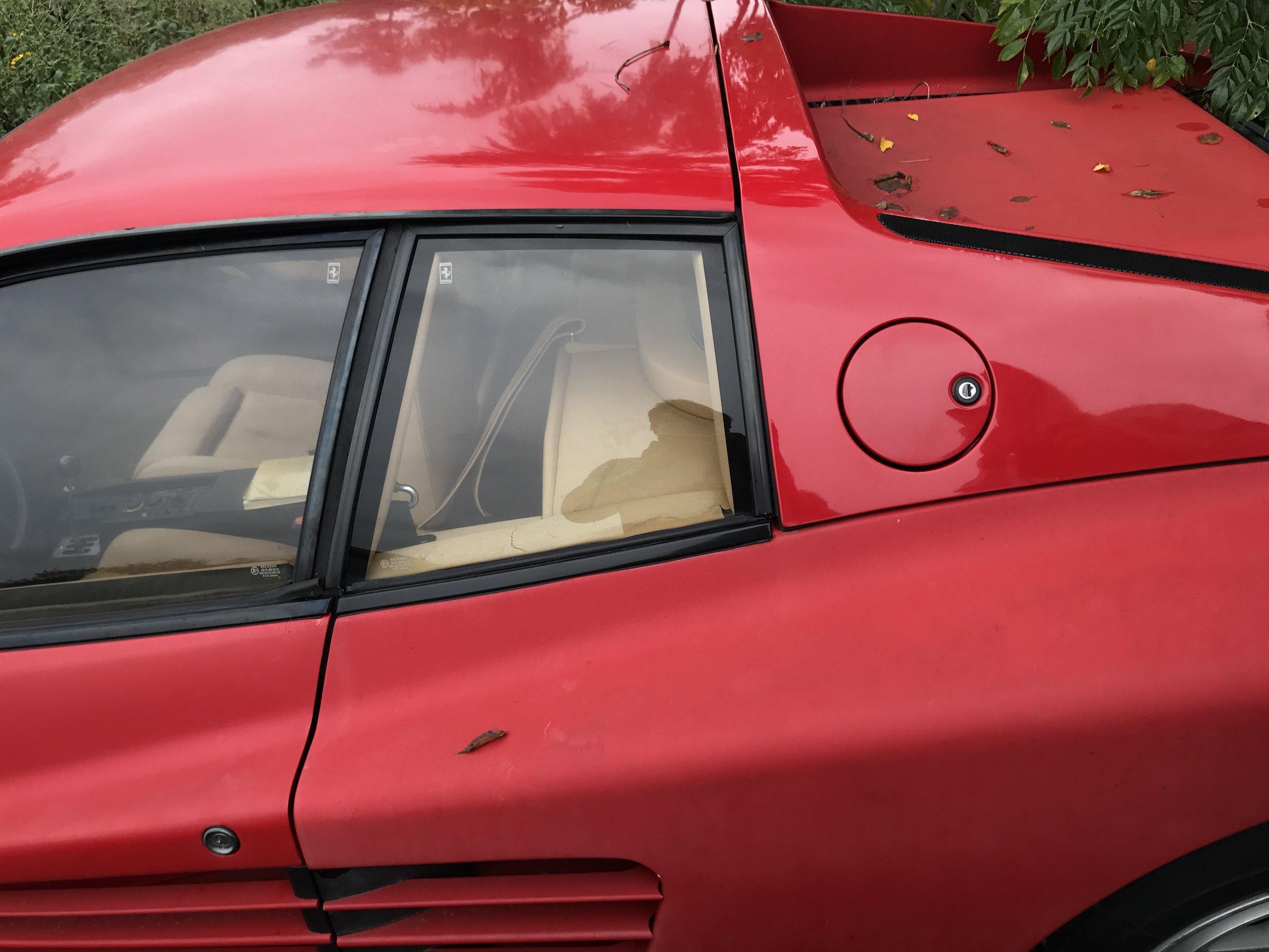 Abandoned-Ferrari-6