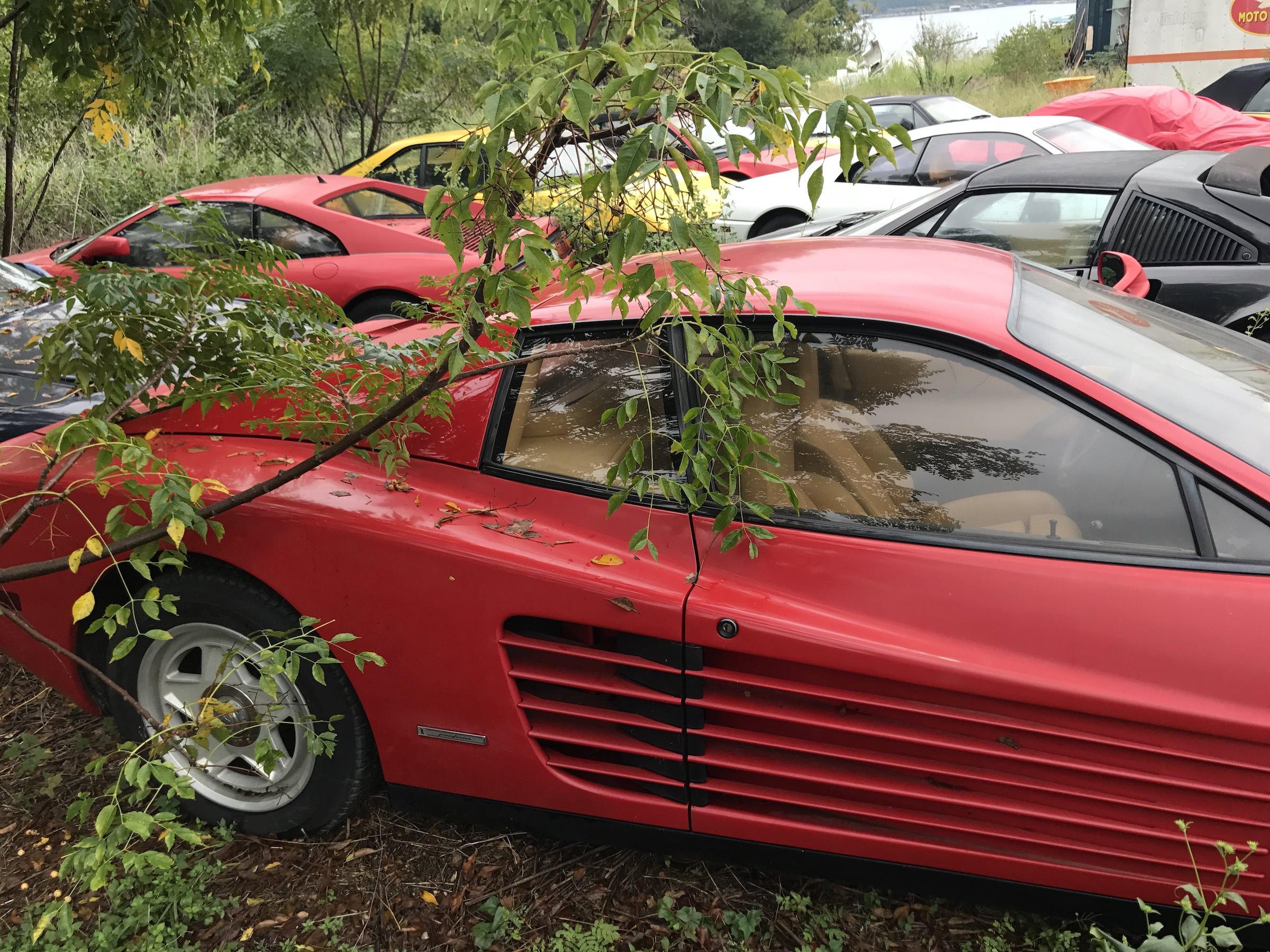 Abandoned-Ferrari-7