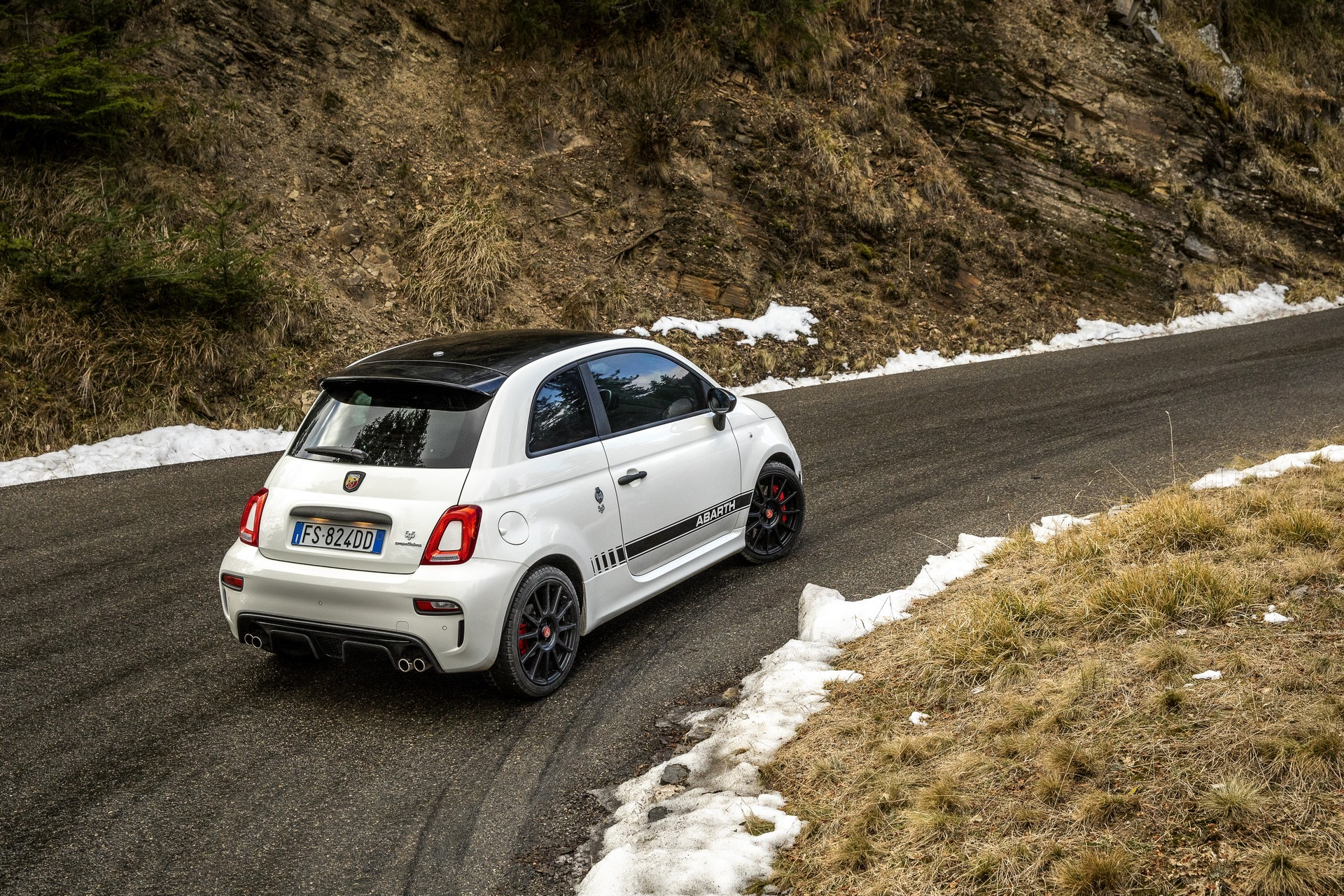 190129_Abarth_70th_Anniversary_range_45