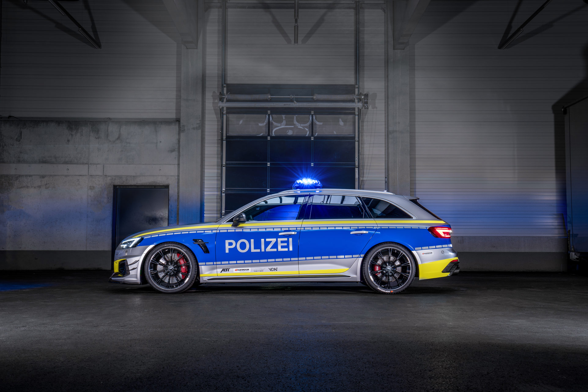 ABT-Audi-RS4-R-Avant-Police-car-Tuneit-safe-20