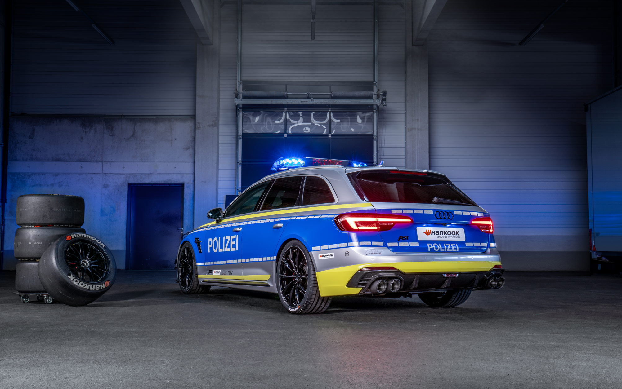 ABT-Audi-RS4-R-Avant-Police-car-Tuneit-safe-21