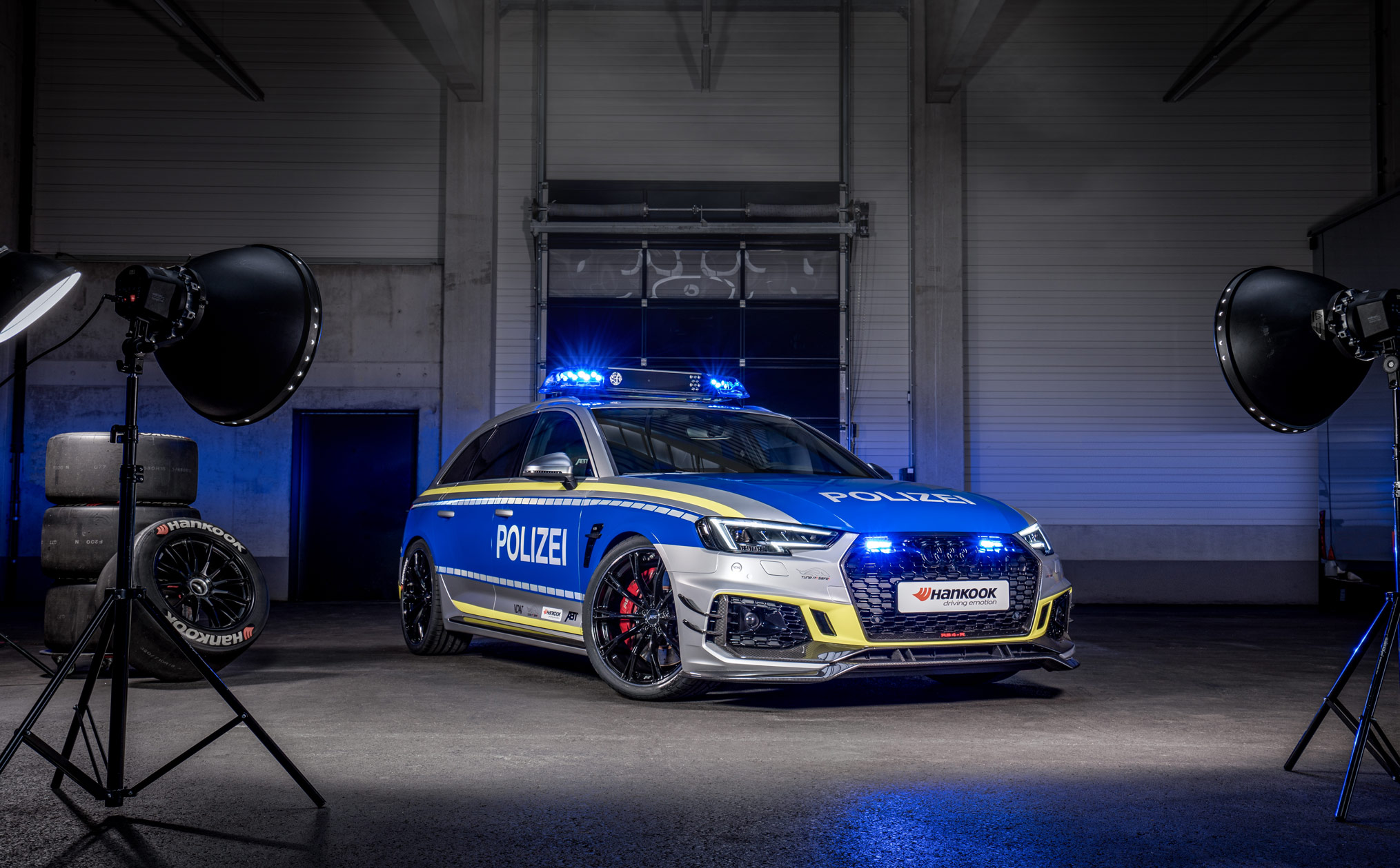 ABT-Audi-RS4-R-Avant-Police-car-Tuneit-safe-22