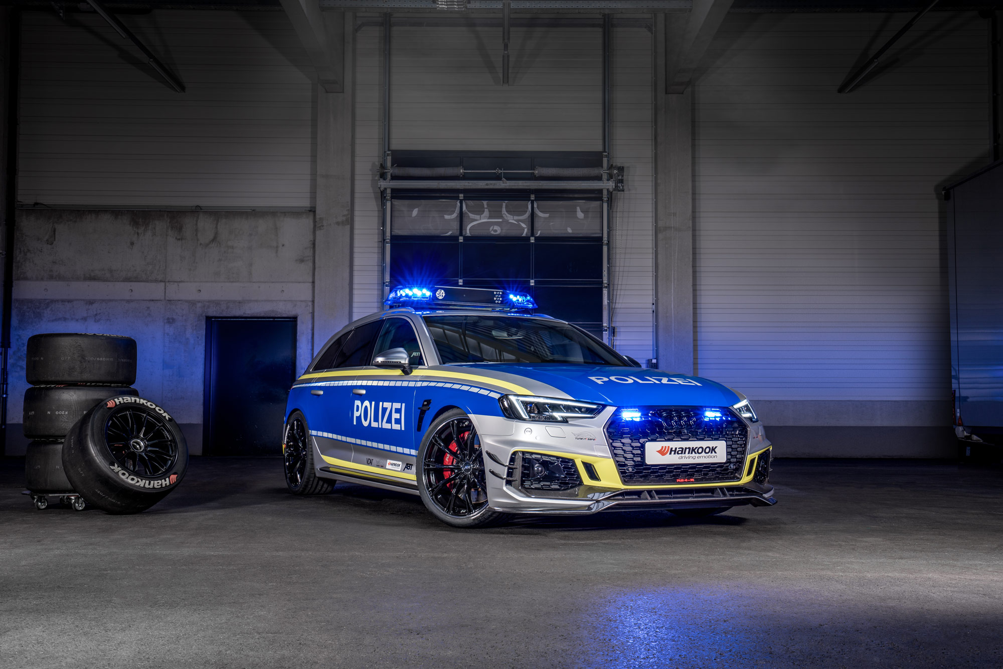 ABT-Audi-RS4-R-Avant-Police-car-Tuneit-safe-23