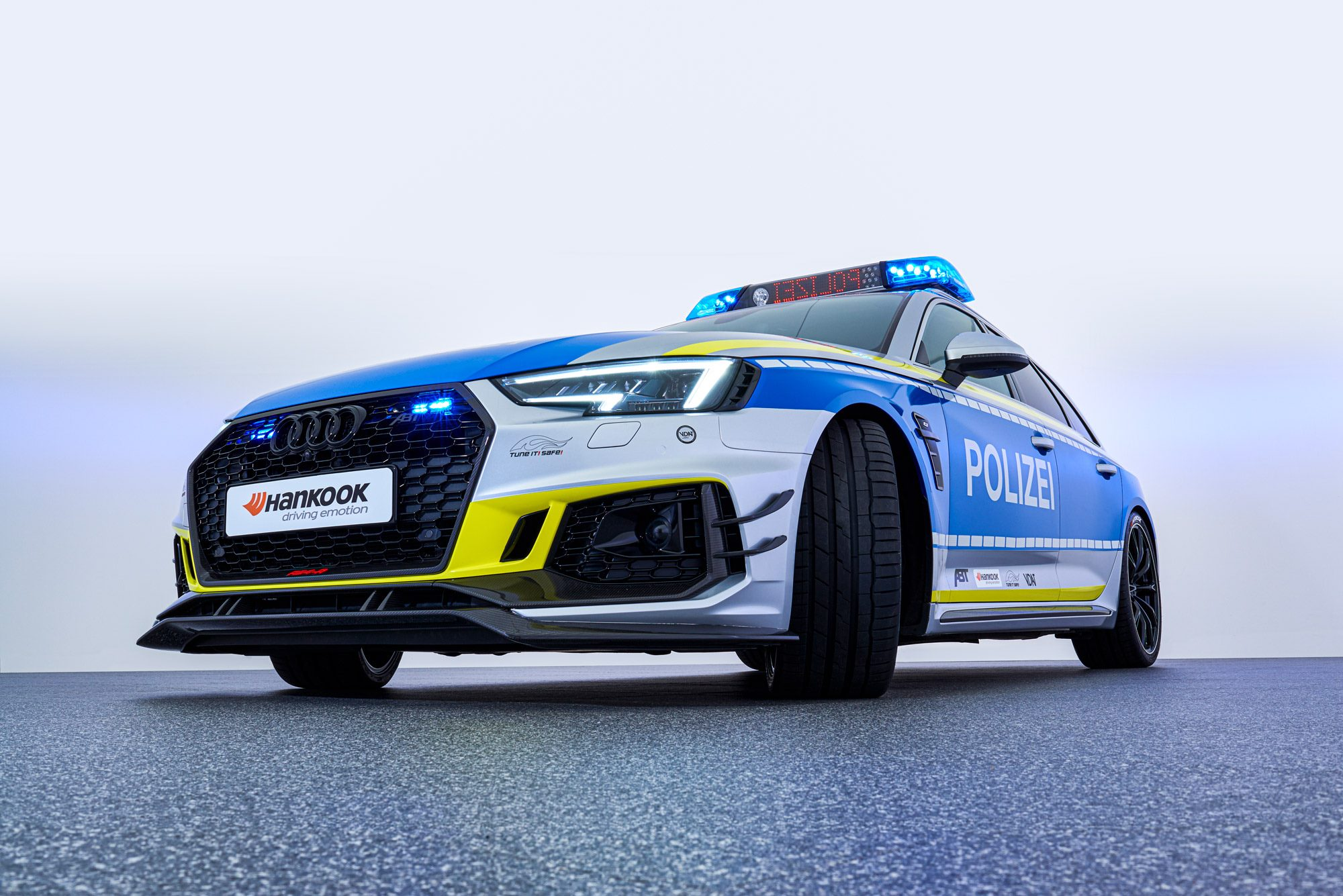 ABT-Audi-RS4-R-Avant-Police-car-Tuneit-safe-7
