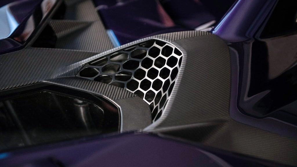 Ad-Personam-Lamborghini-Aventador-SVJ-3
