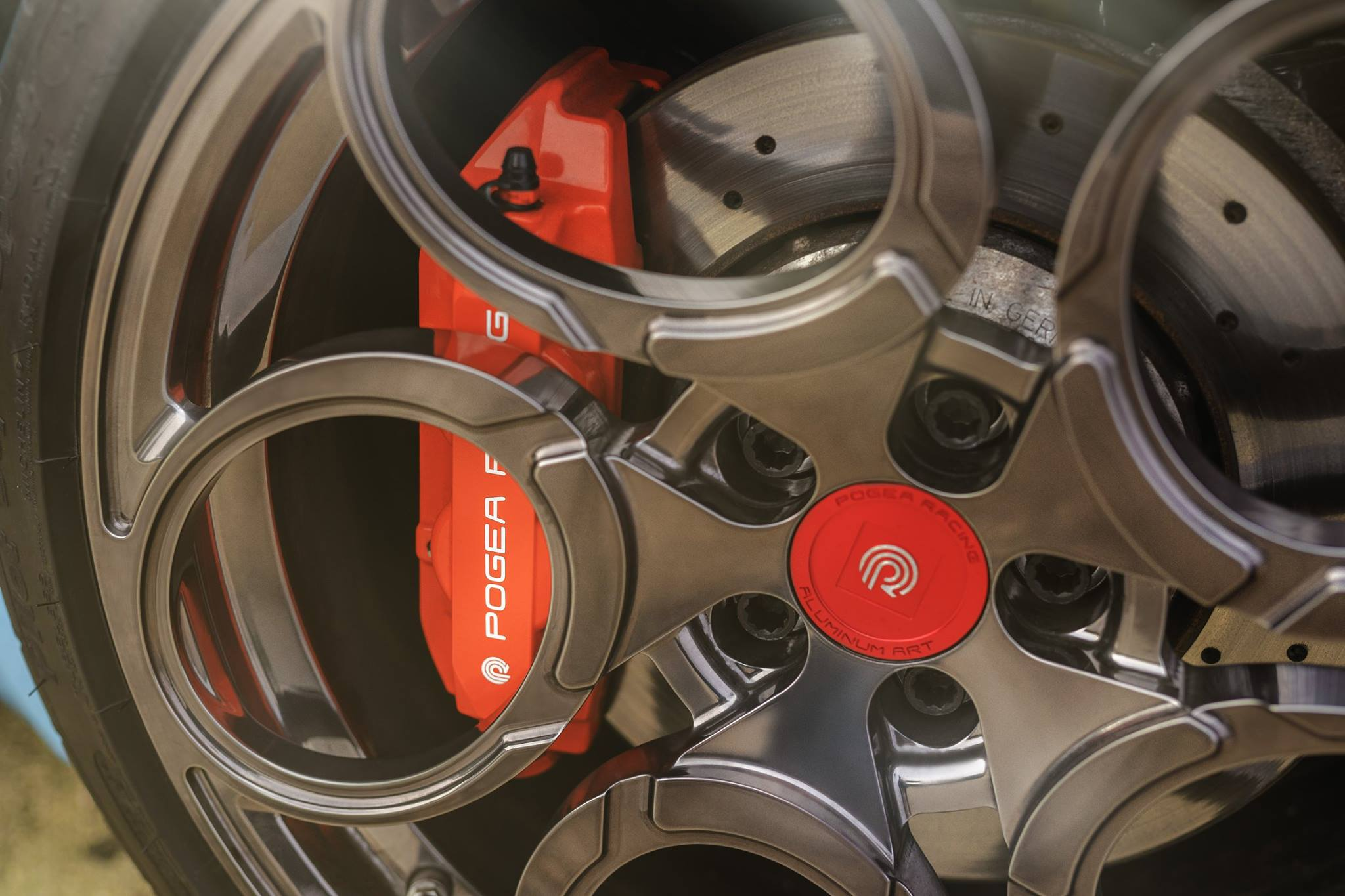 Alfa Romeo 4C Zeus By Pogea Racing (42)