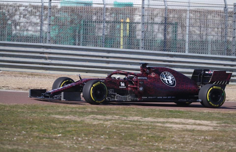 Alfa_Romeo_F1_shakedown_0000 (1)
