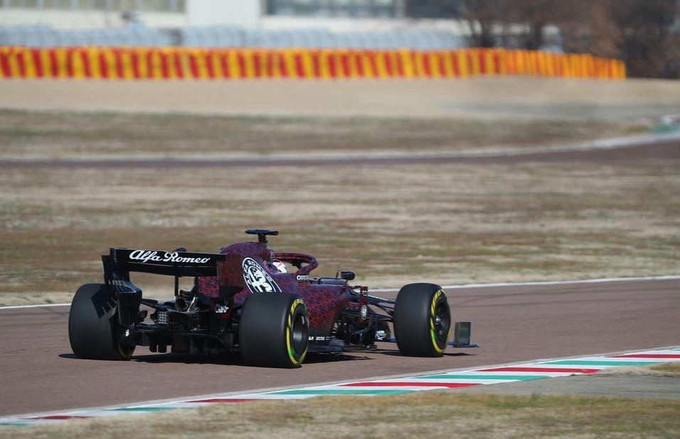 Alfa_Romeo_F1_shakedown_0004 (1)