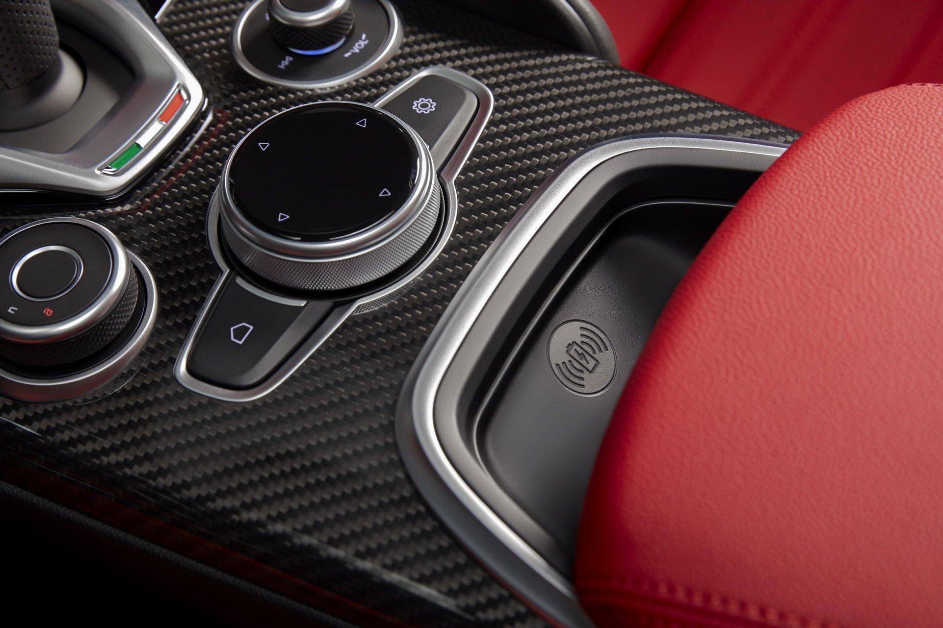 2020-Alfa-Romeo-Giulia-3