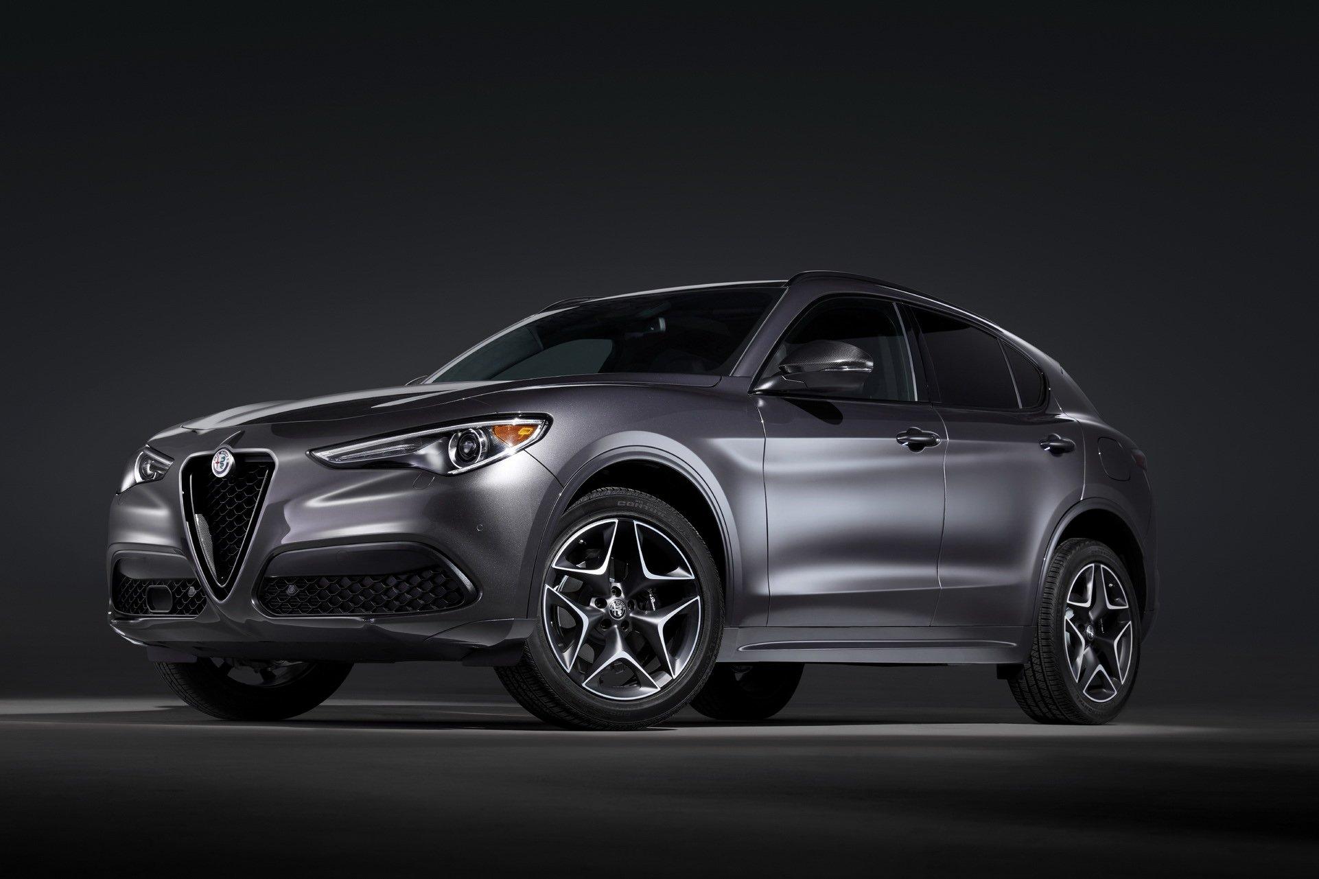 2020-Alfa-Romeo-STelvio-1