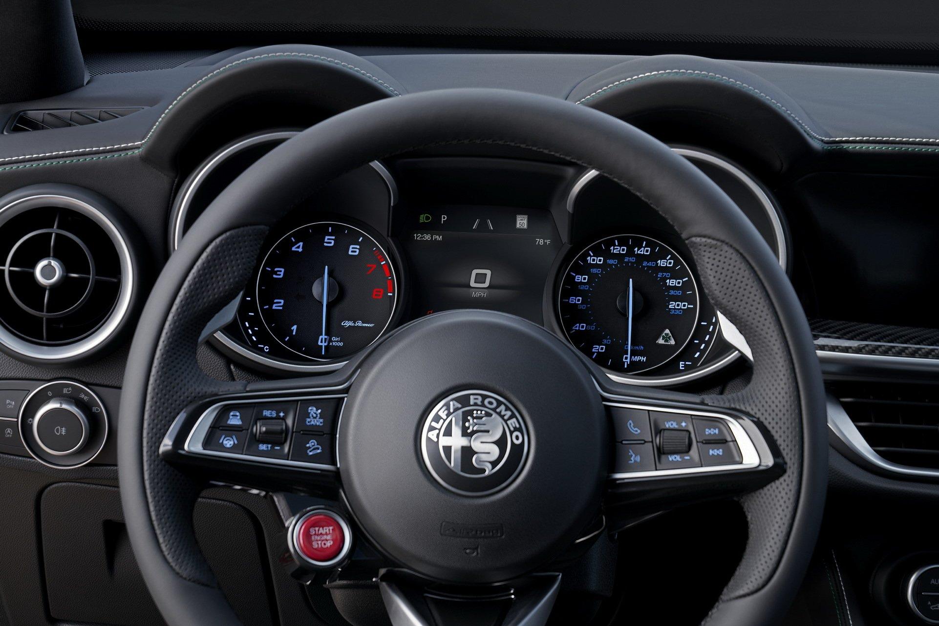 2020-Alfa-Romeo-STelvio-6