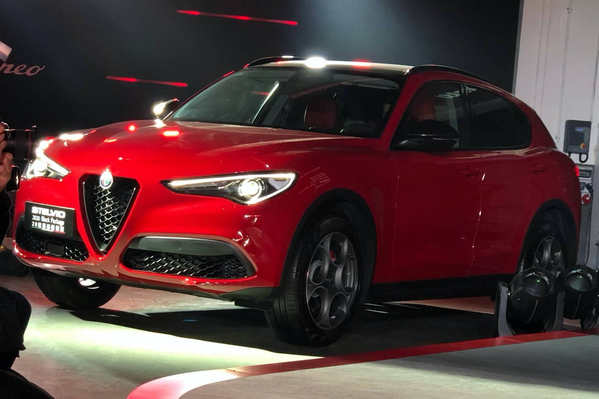 2020MY-Alfa-Romeo-Giulia-and-Stelvio-China-spec-14