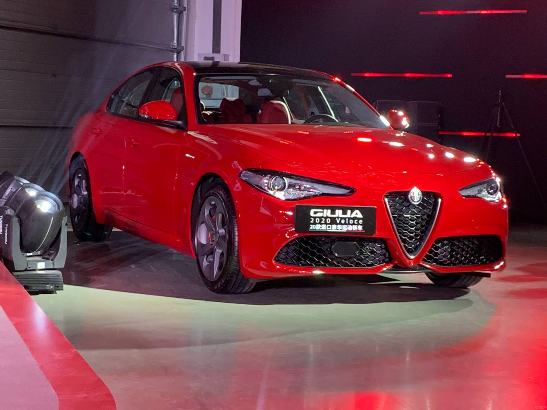 2020MY-Alfa-Romeo-Giulia-and-Stelvio-China-spec-7