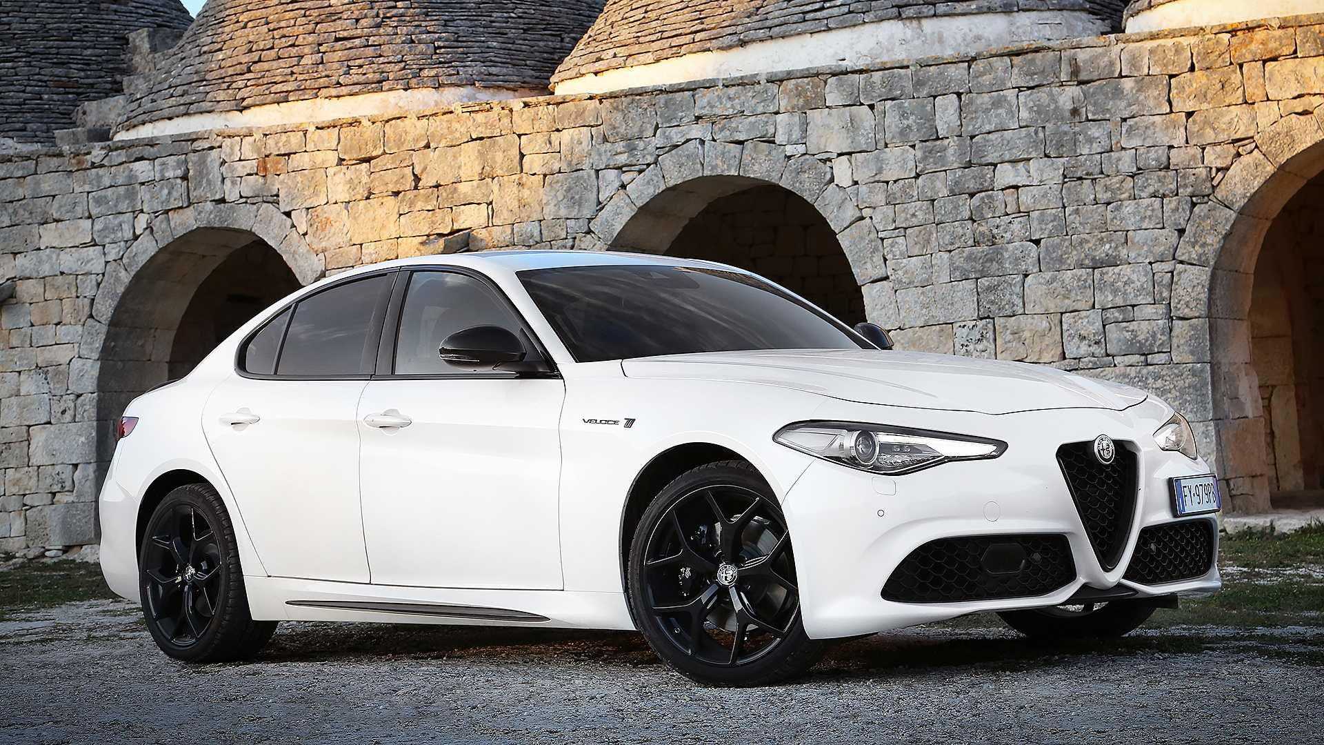 alfa-romeo-giulia-stelvio-updated-for-2020-model-year_12