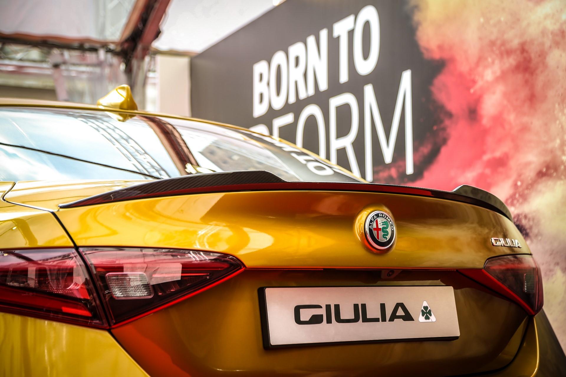 Alfa-Romeo-Giulia-QV-Ochre-7