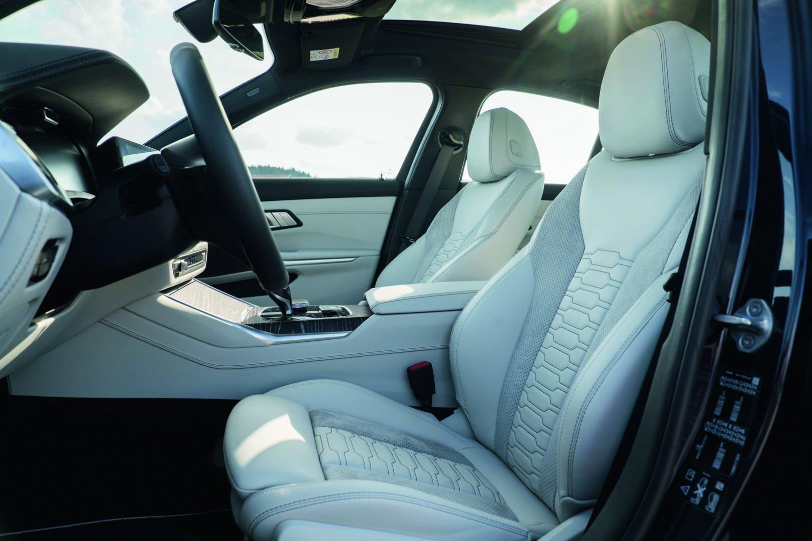Alpina-B3-Sedan-2020-30