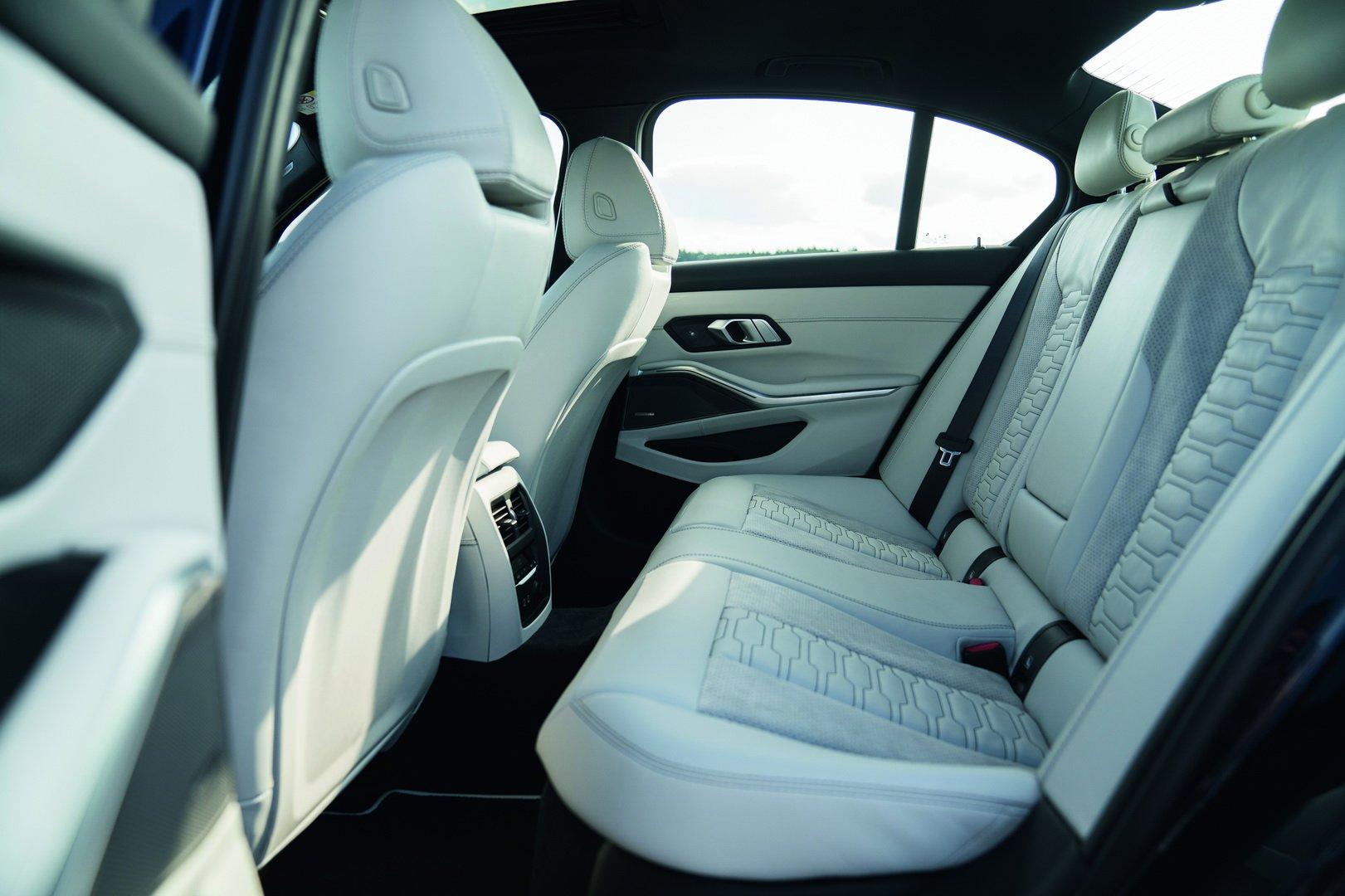 Alpina-B3-Sedan-2020-31